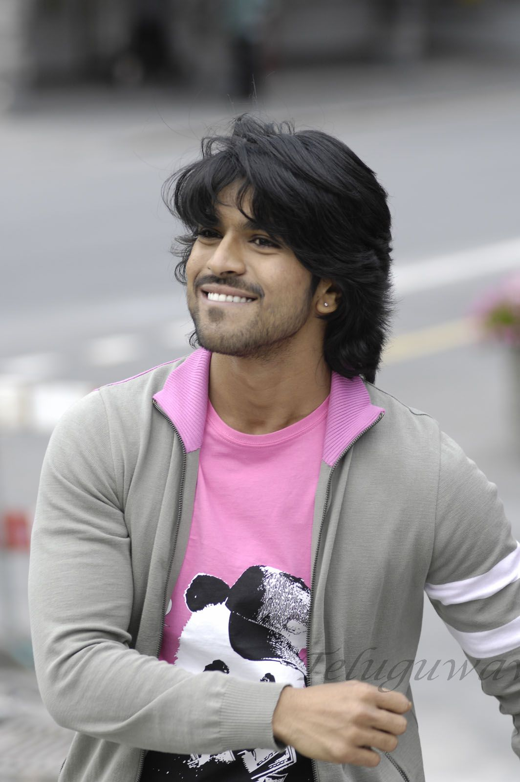 Ram Charan Teja Photo 1 Of 120 Pics Wallpaper Photo 489512 Theplace2