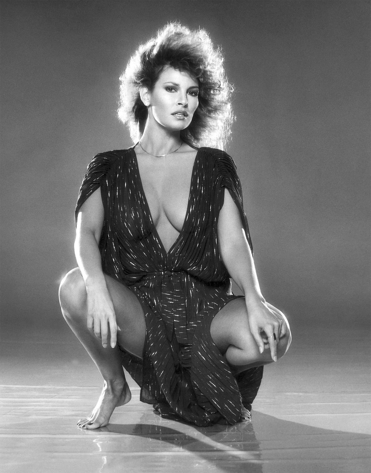 raquel welch photo gallery 153 high quality pics of