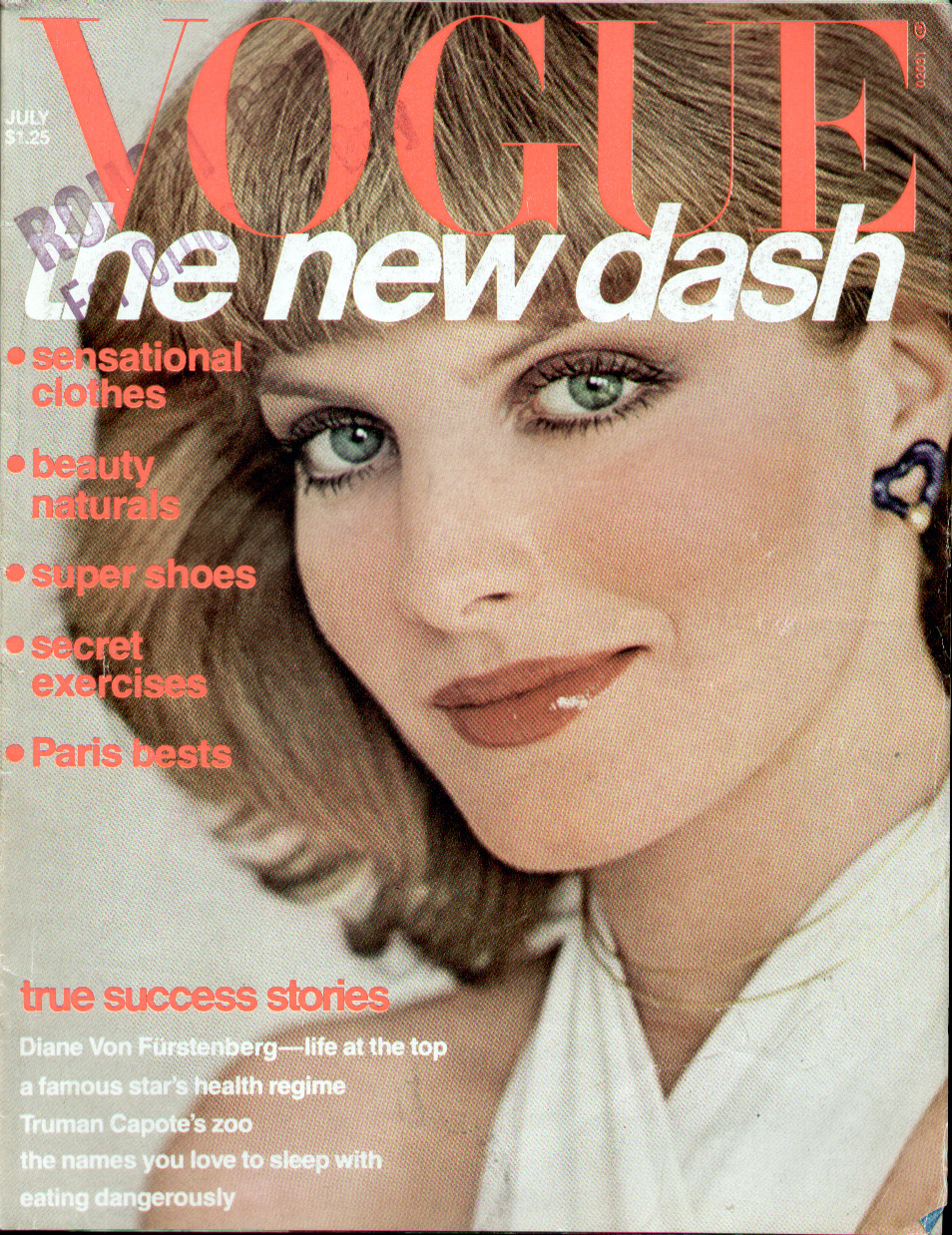 http://www.theplace2.ru/archive/rene_russo/img/rene_russo_vogue_jul.jpg
