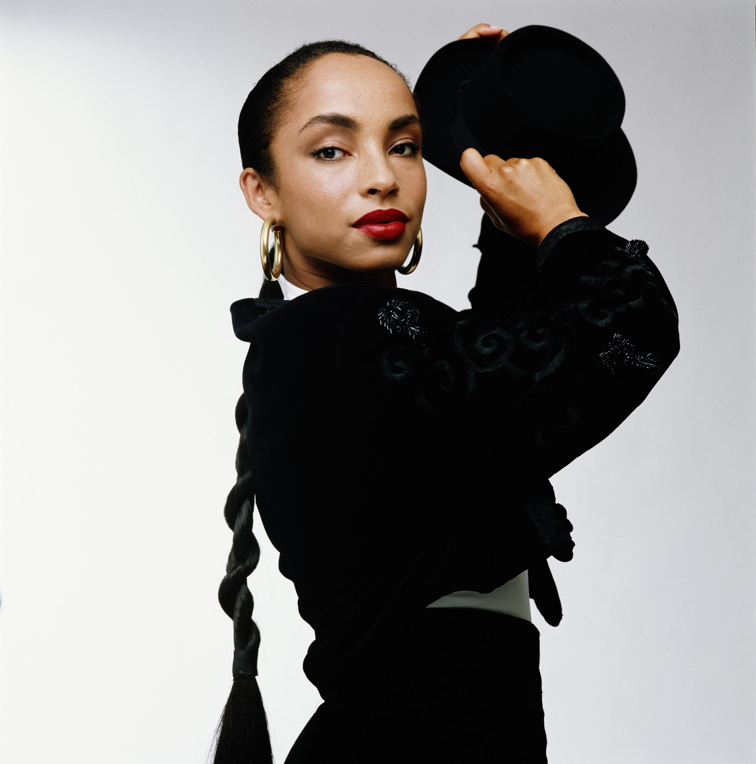 Sade Wallpaper http://zimg.dyndns.org/wallpaper-sad/