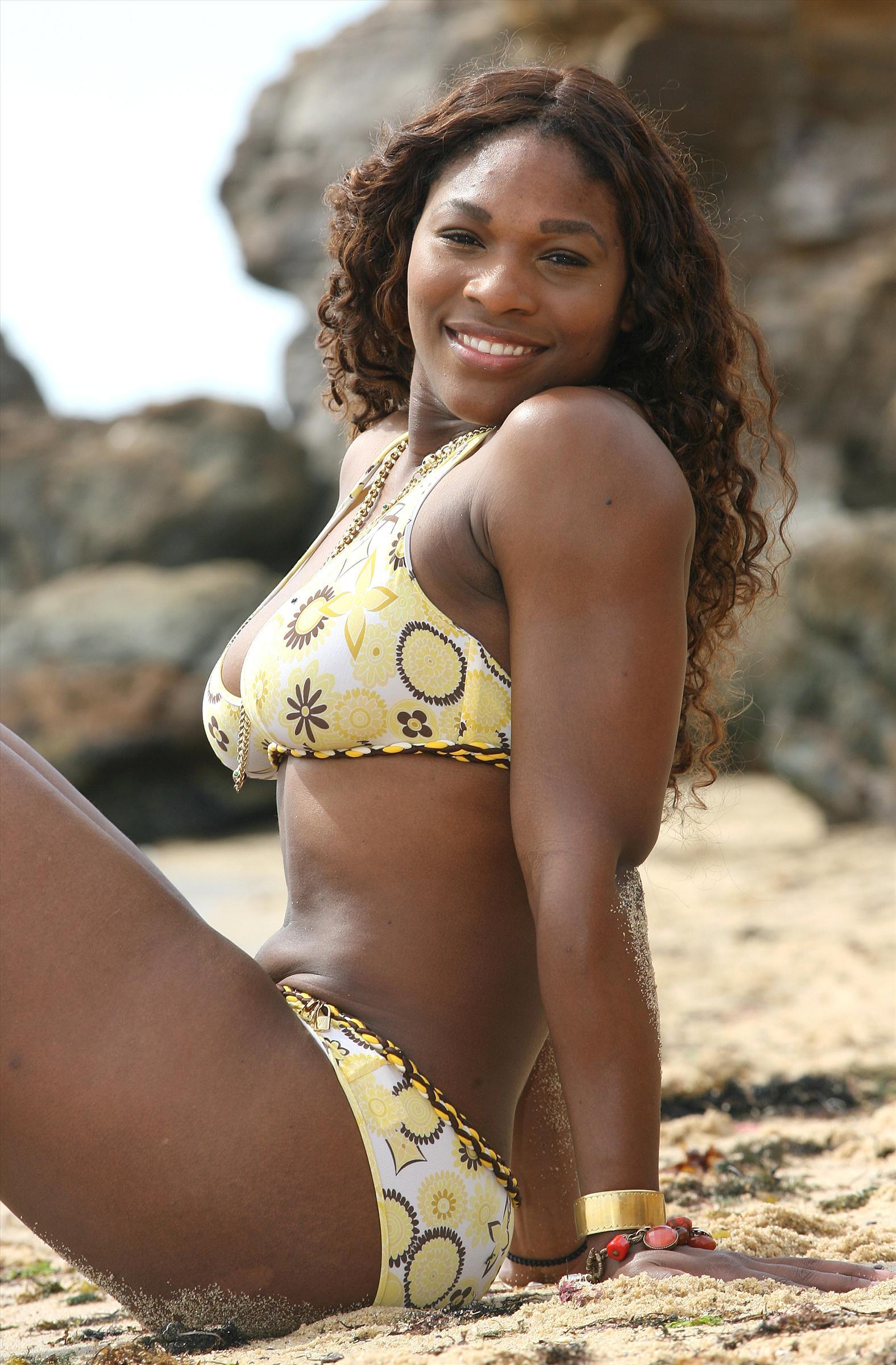 Hot ebony females Serena Ali   103323