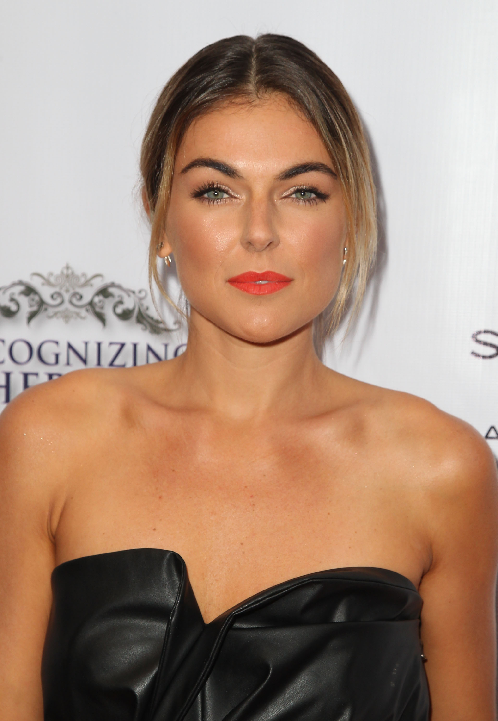 Serinda Swan naked (59 images) Sexy, YouTube, braless