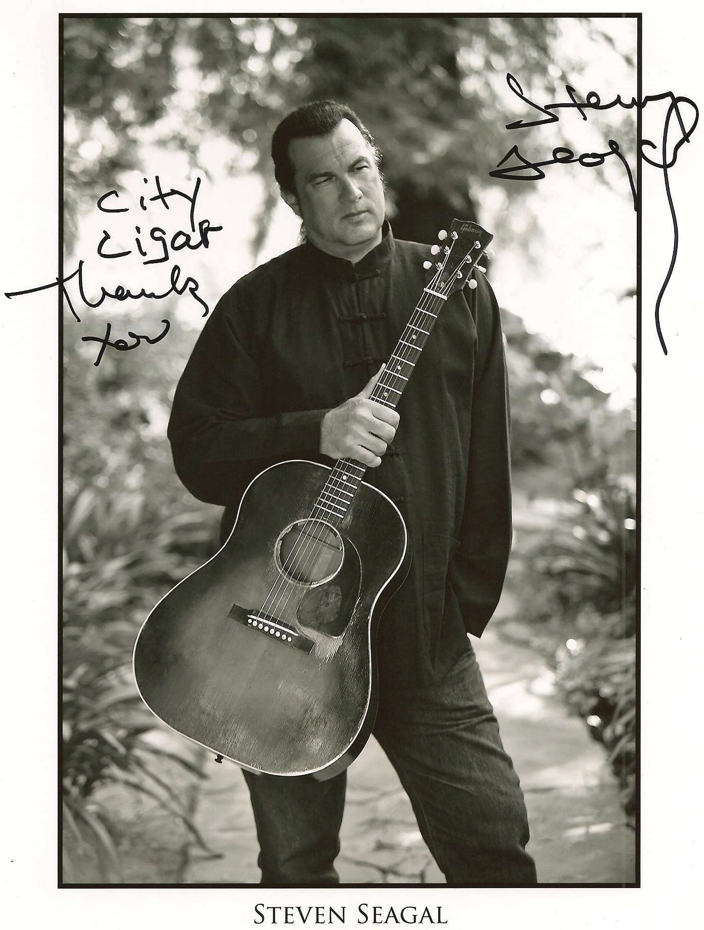Steven Seagal photo 2 ...