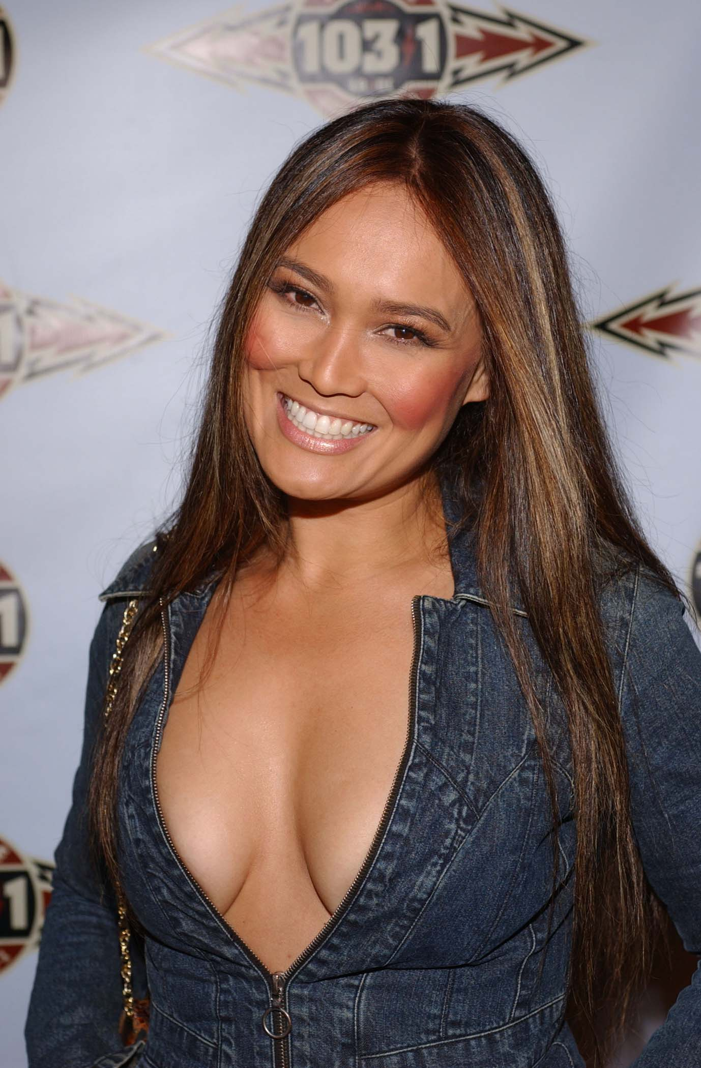 Tia Carrere photo, pics, wallpaper - photo #161106