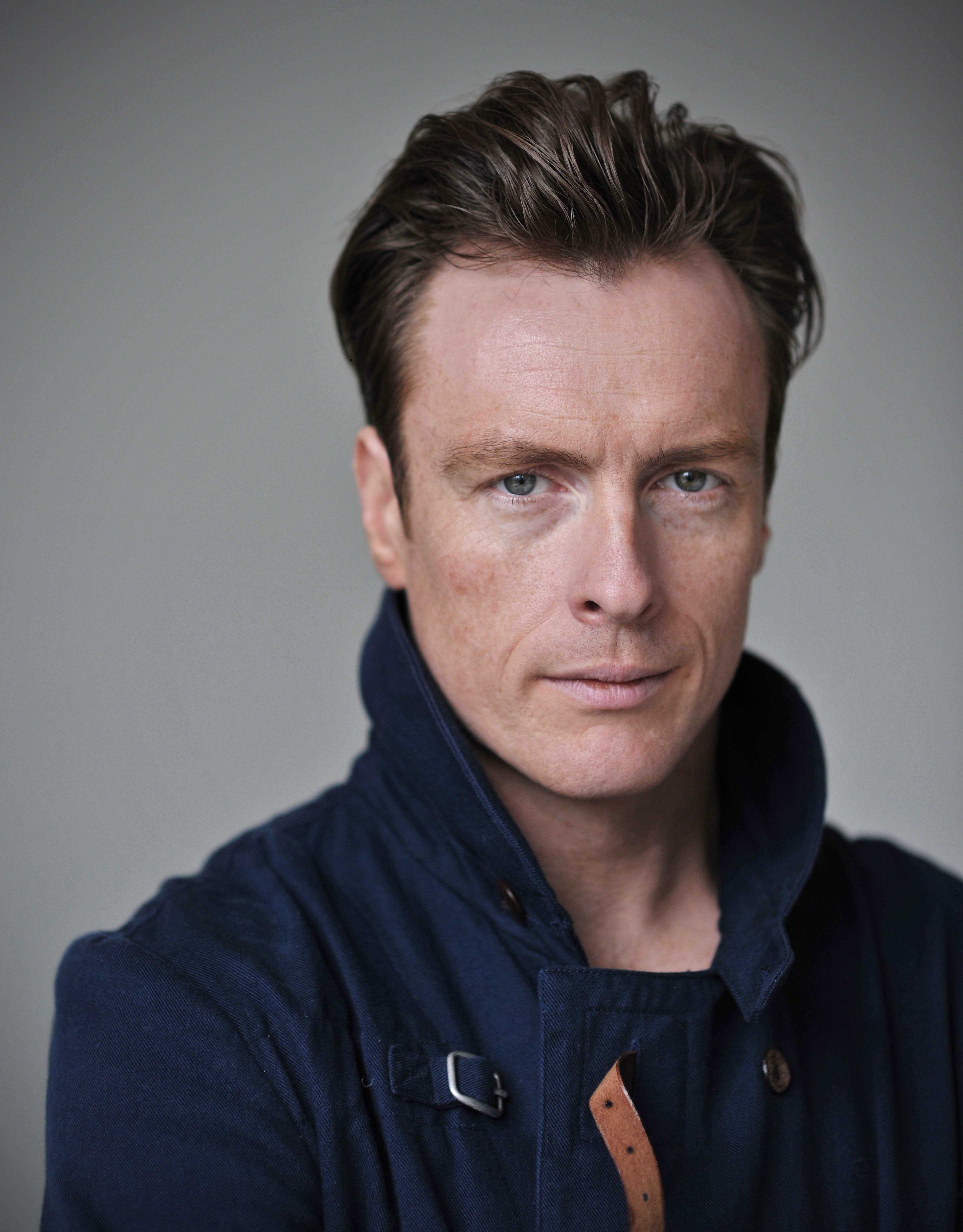 Toby Stephens photo, pics, wallpaper - photo #