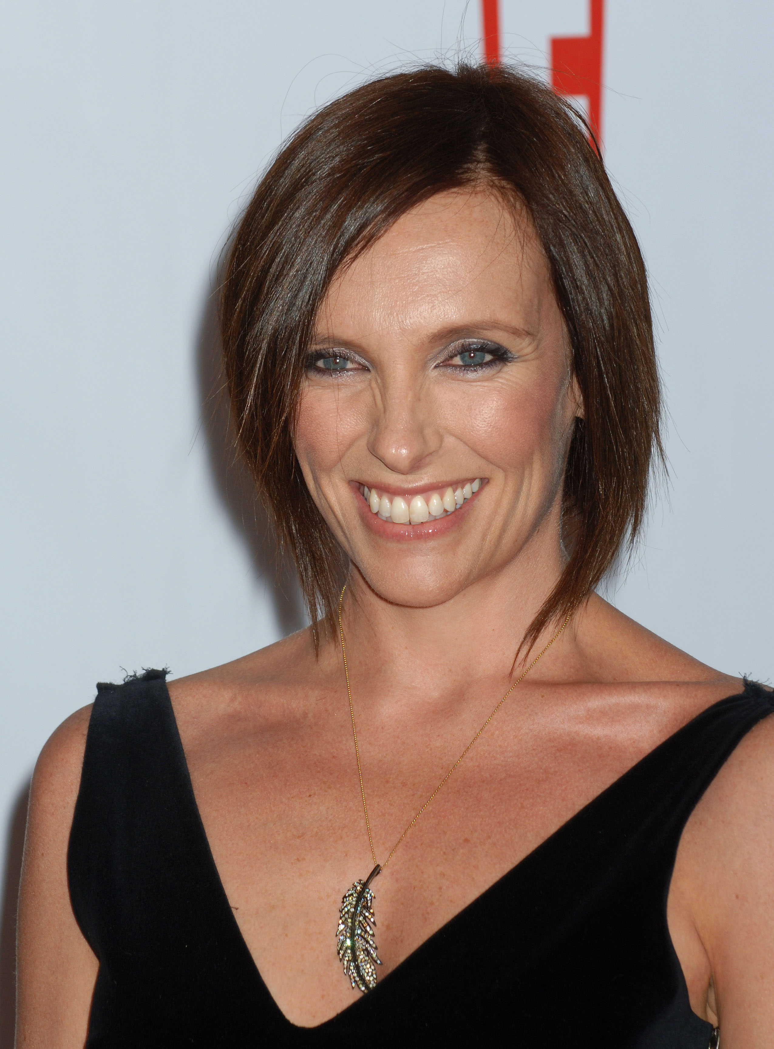 Toni Collette photo, pics, wallpaper - photo #