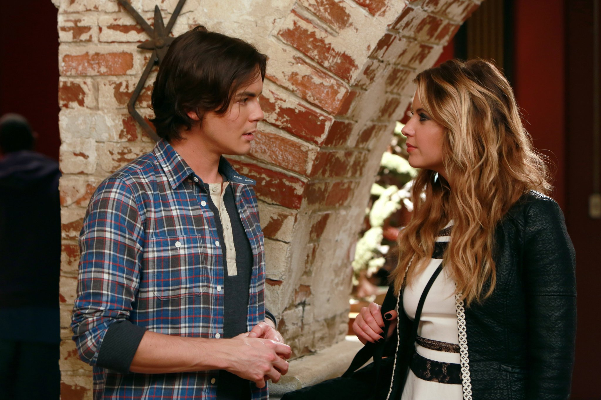 Tyler Blackburn Photo 21 Of 62 Pics, Wallpaper