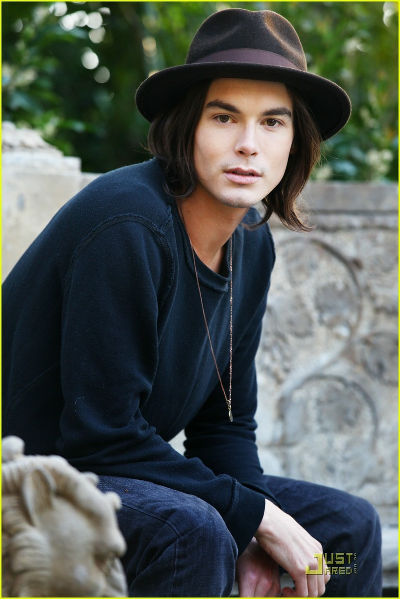 Tyler Blackburn Photo 12 Of 62 Pics, Wallpaper