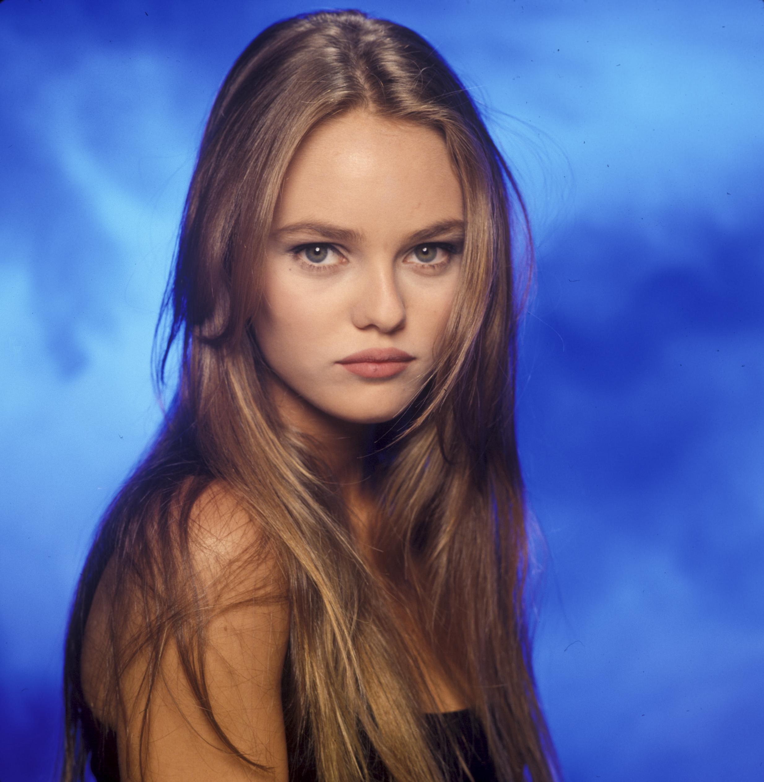 celebrity photos vanes... Vanessa Paradis