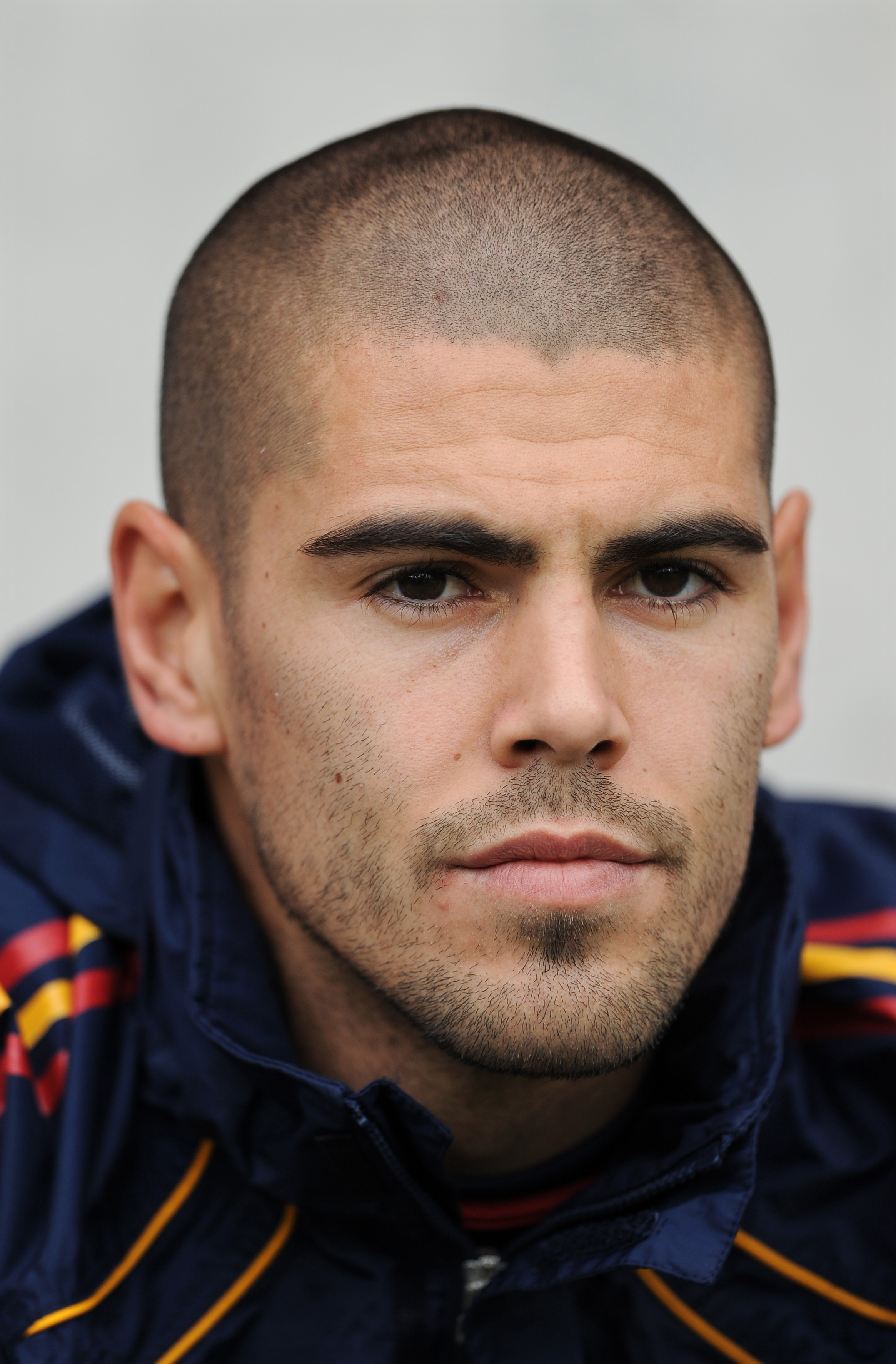 VICTOR VALDES photo, pics, wallpaper - photo #453641