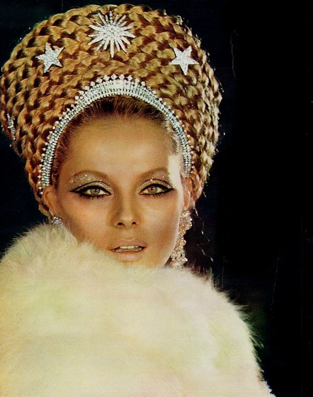 Virna Lisi - Picture