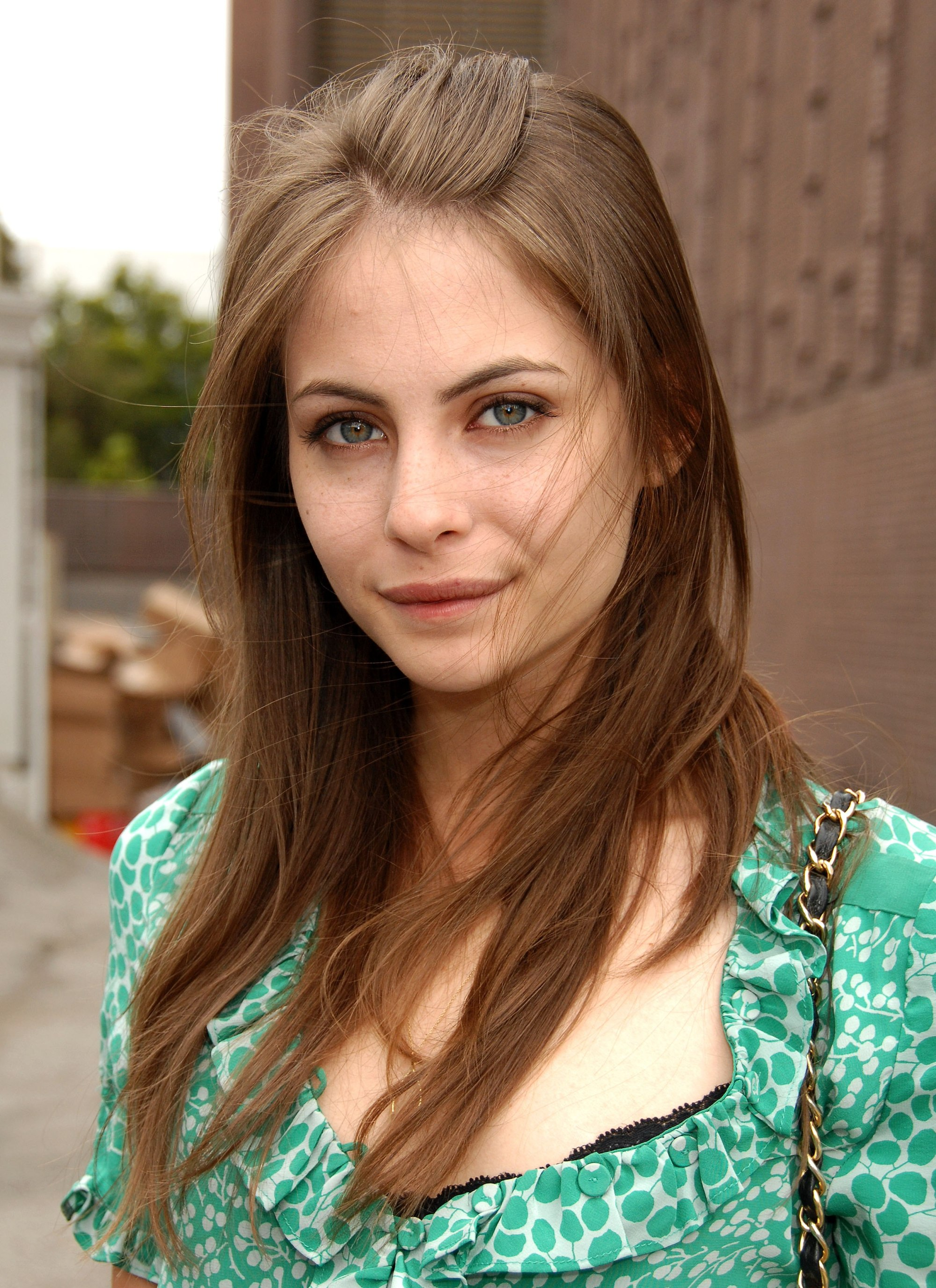 willa holland фото