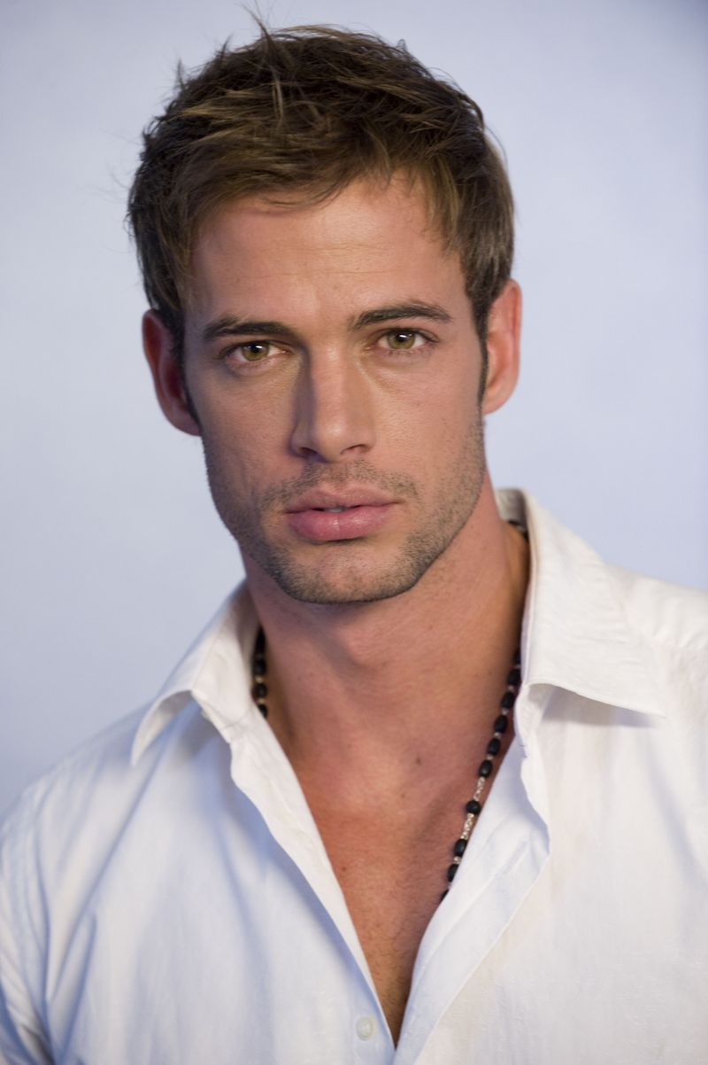 http://www.theplace2.ru/archive/william_levy/img/2f43a556f9_66575115_.jpg