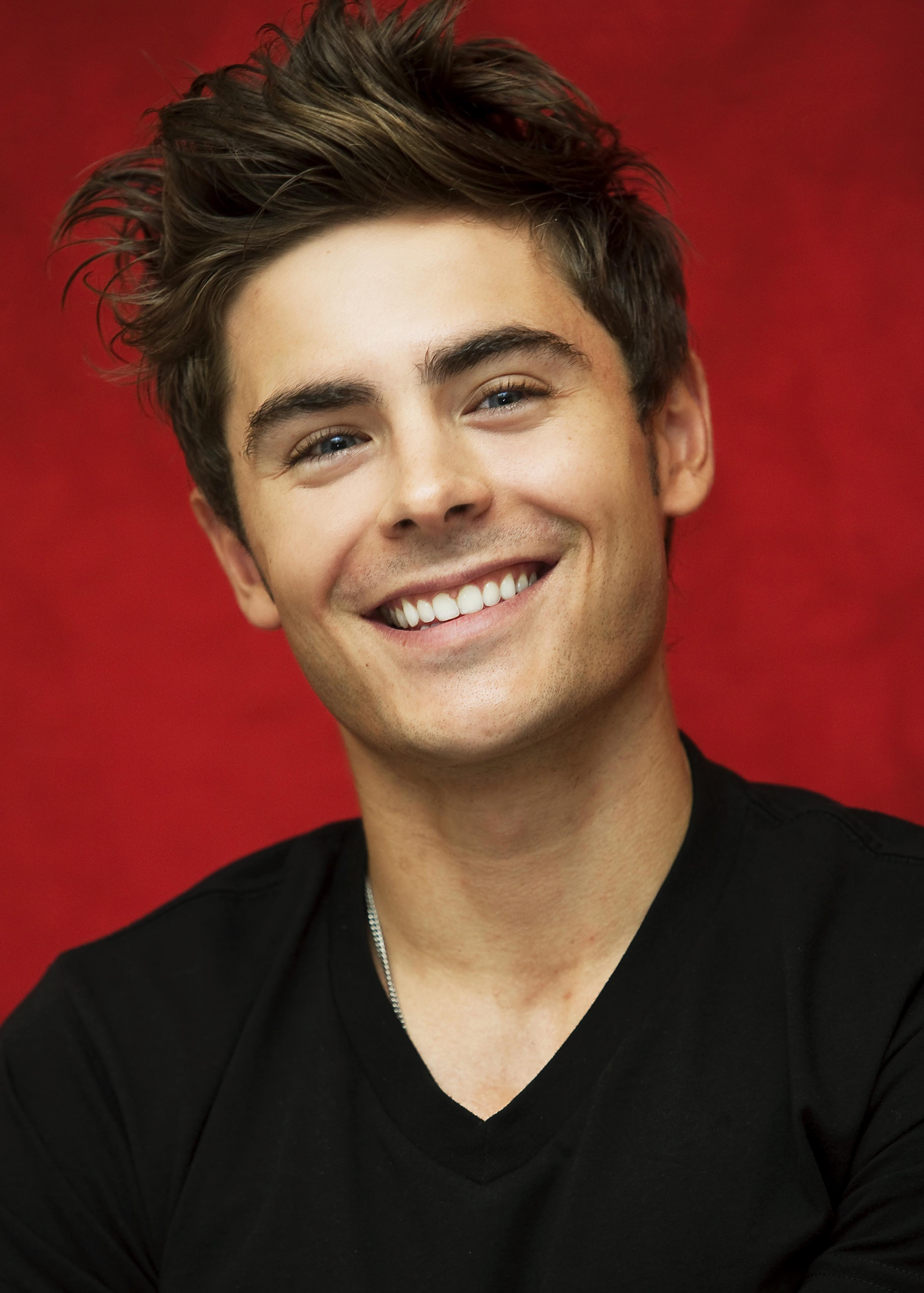 Zac Efron photo, pics, wallpaper - photo #