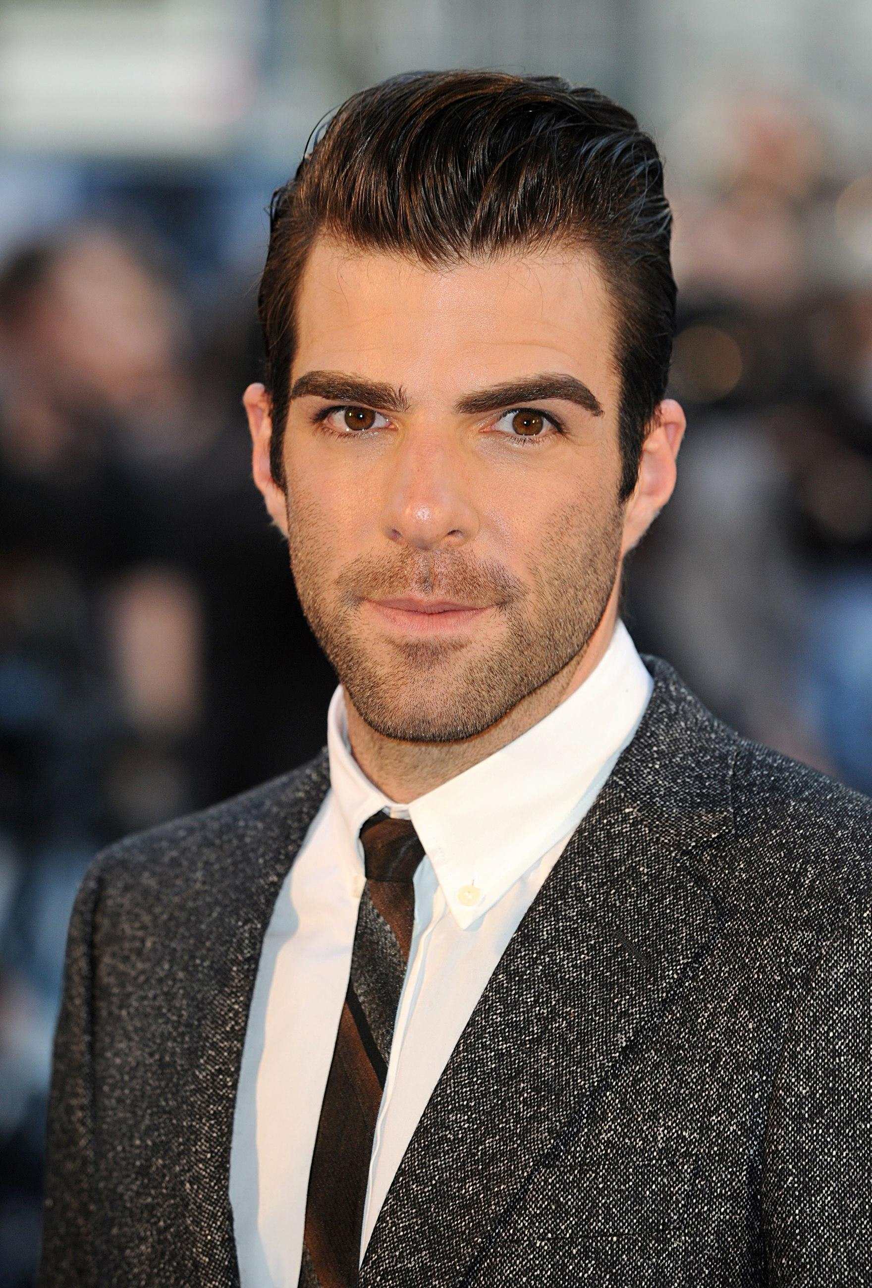 Zachary Quinto - Wallpaper Gallery