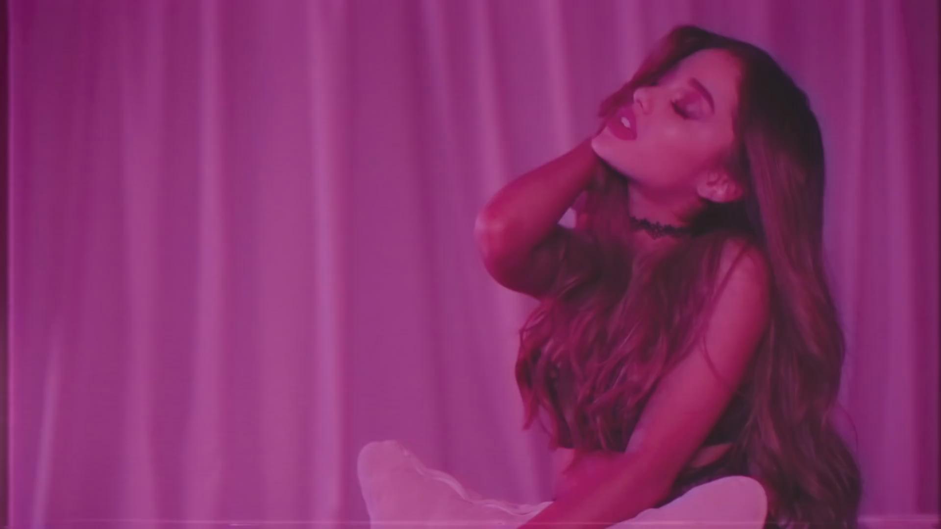 Ariana Grande Photo 329 Of 485 Pics, Wallpaper