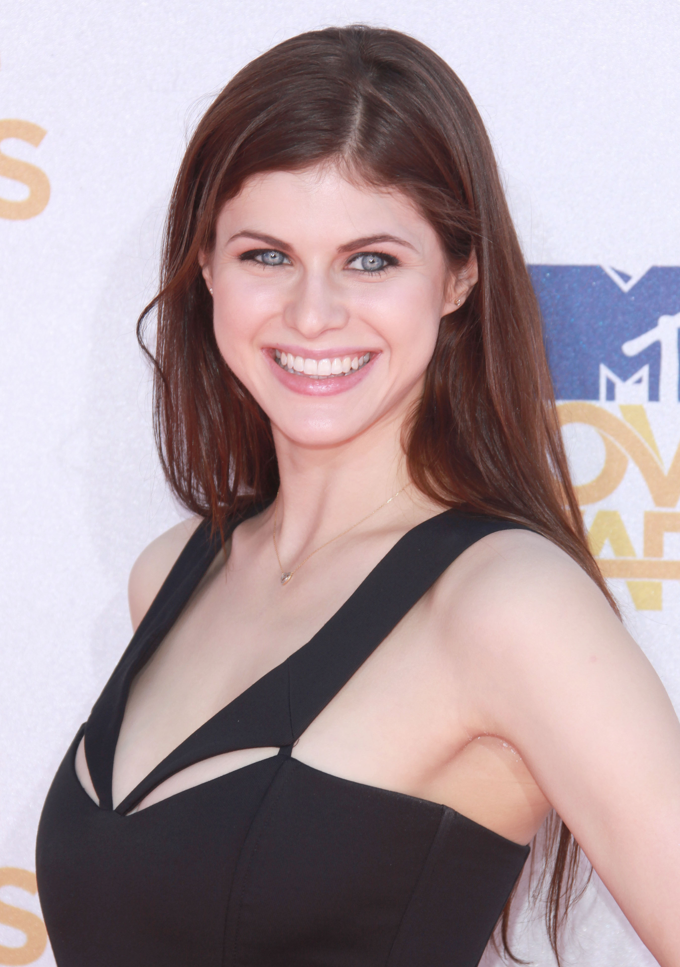 Alexandra daddario how to date me - 1 part 10