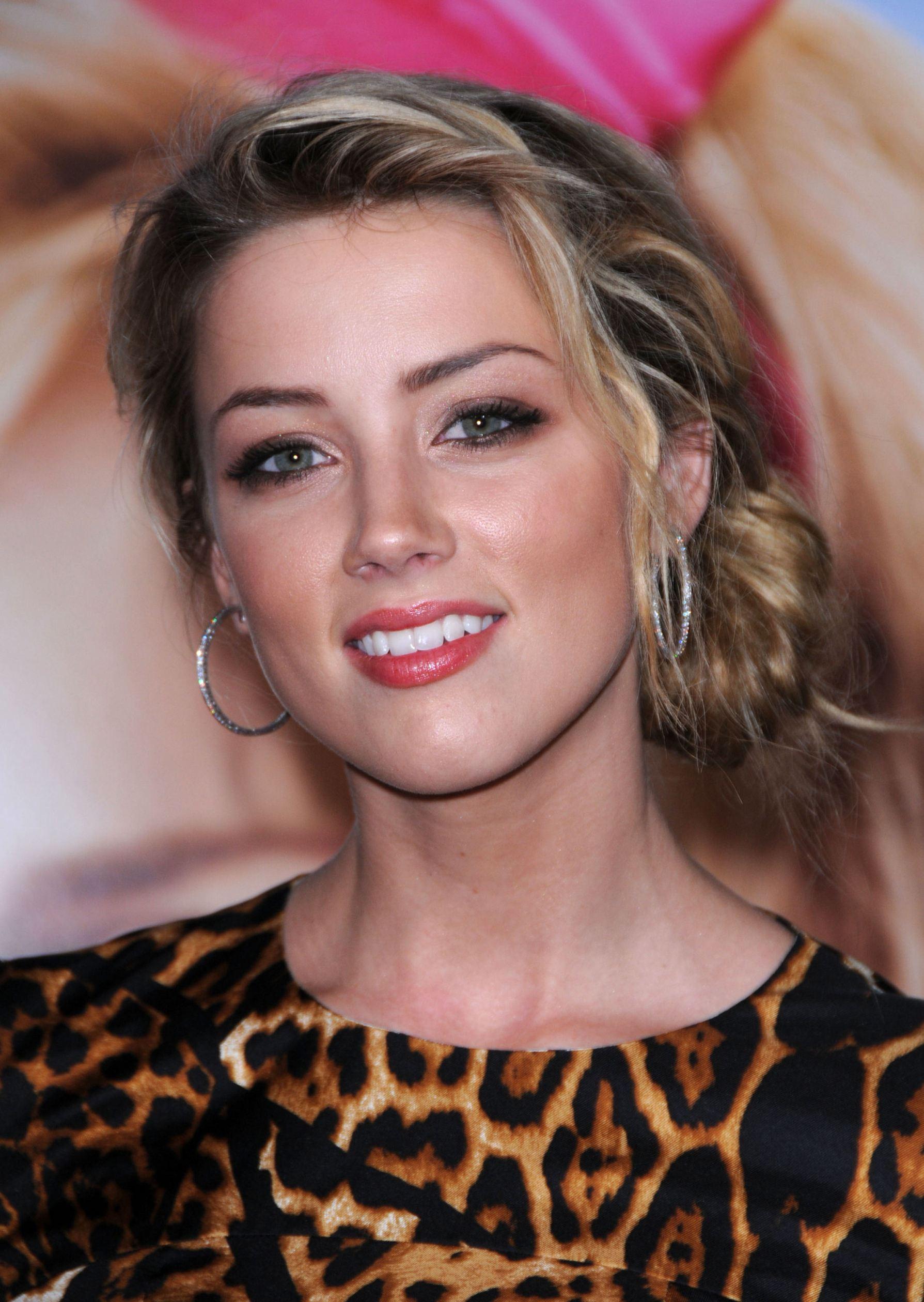 Is a cute Amber Heard nude (82 photo), Pussy, Hot, Selfie, legs 2020