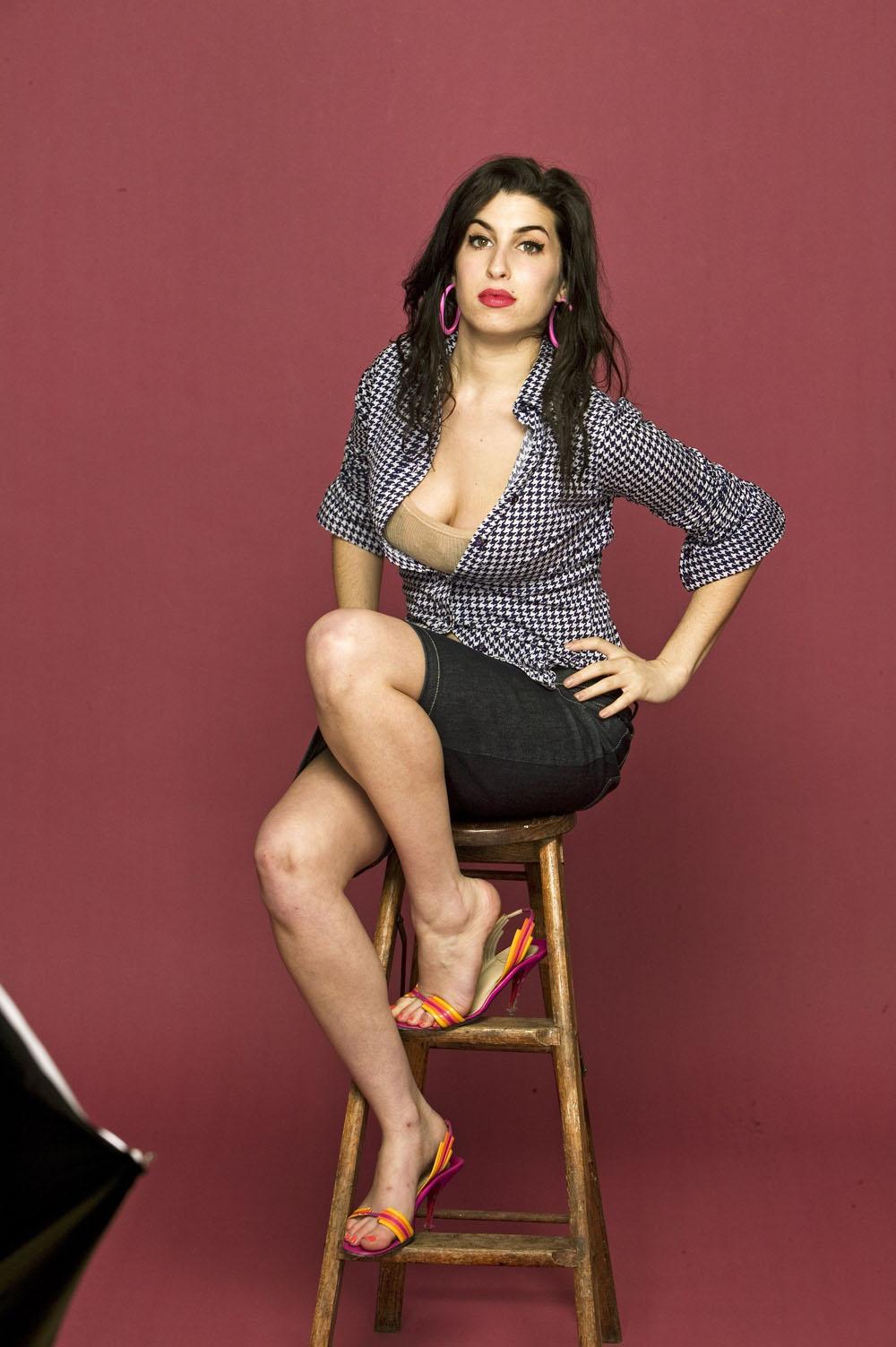 underwear Feet Amy Winehouse naked photo 2017