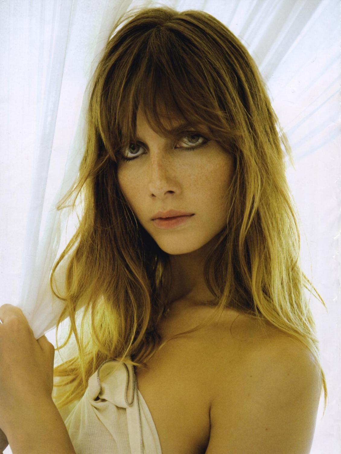 Ana Claudia Michels 2 1999-2000 nudes (32 images) Gallery, iCloud, legs
