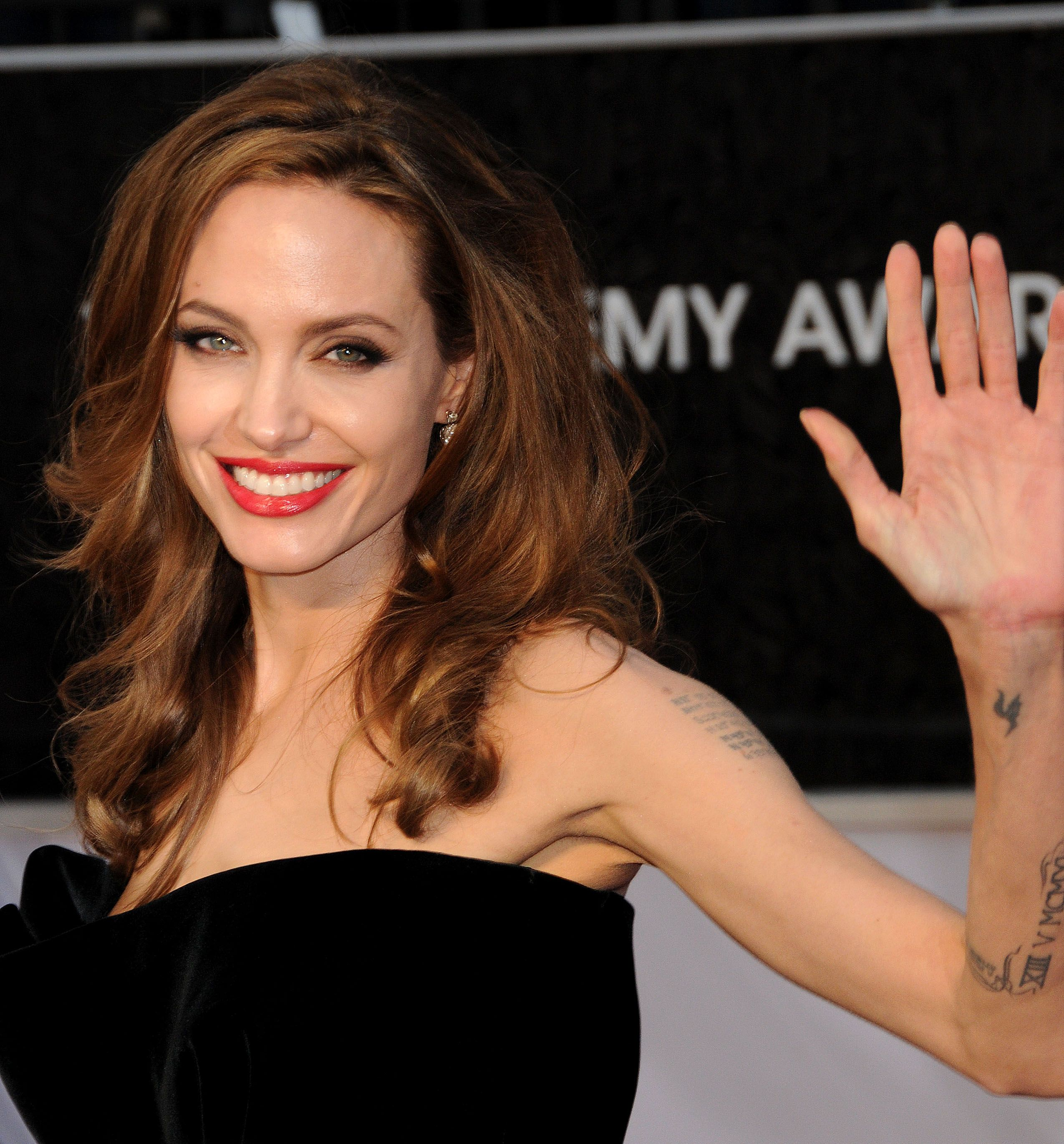 Как похудела Анджелина Джоли Фото похудевшей Анджелины Джоли