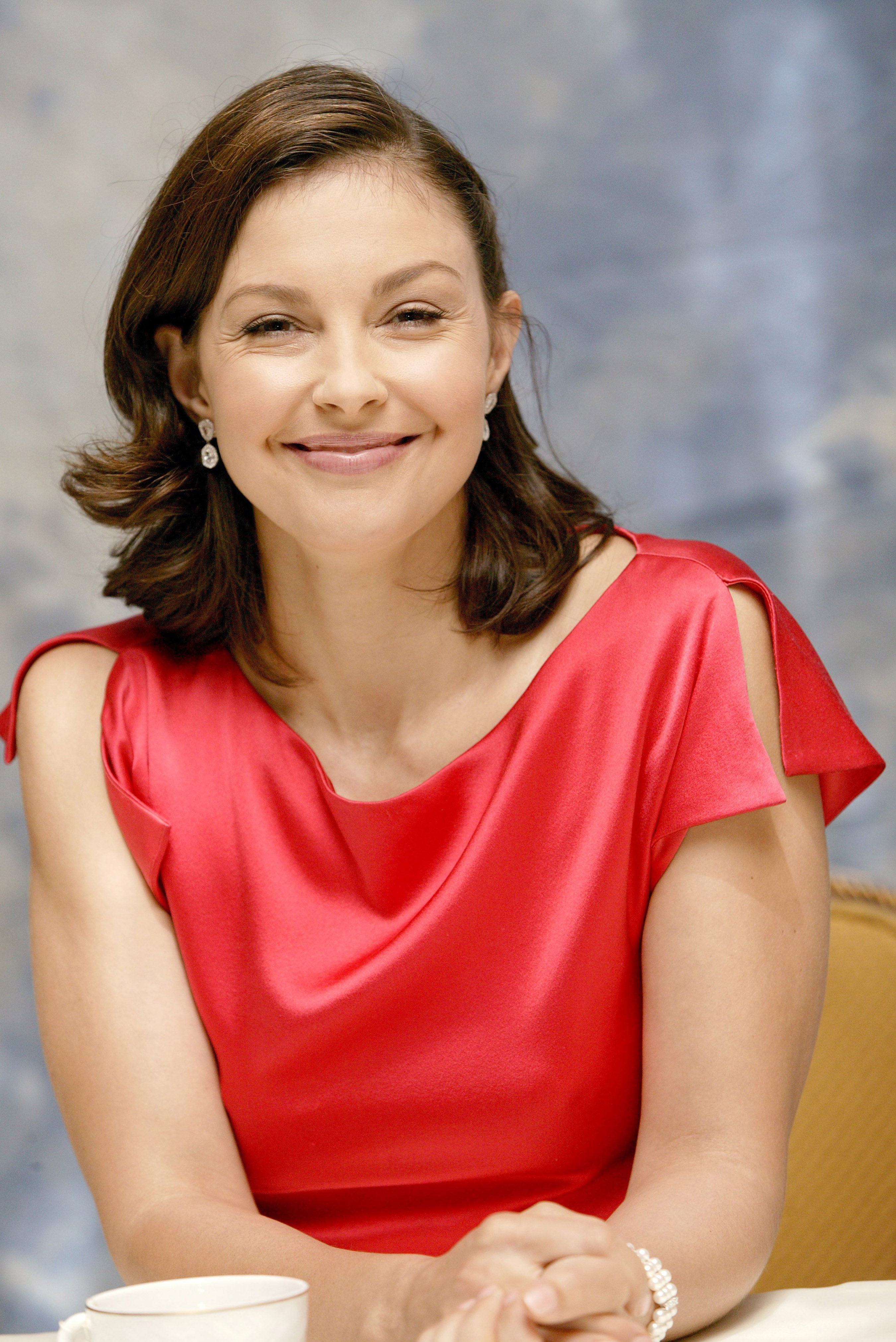 Ashley Judd Photo 222 Of 272 Pics Wallpaper Photo