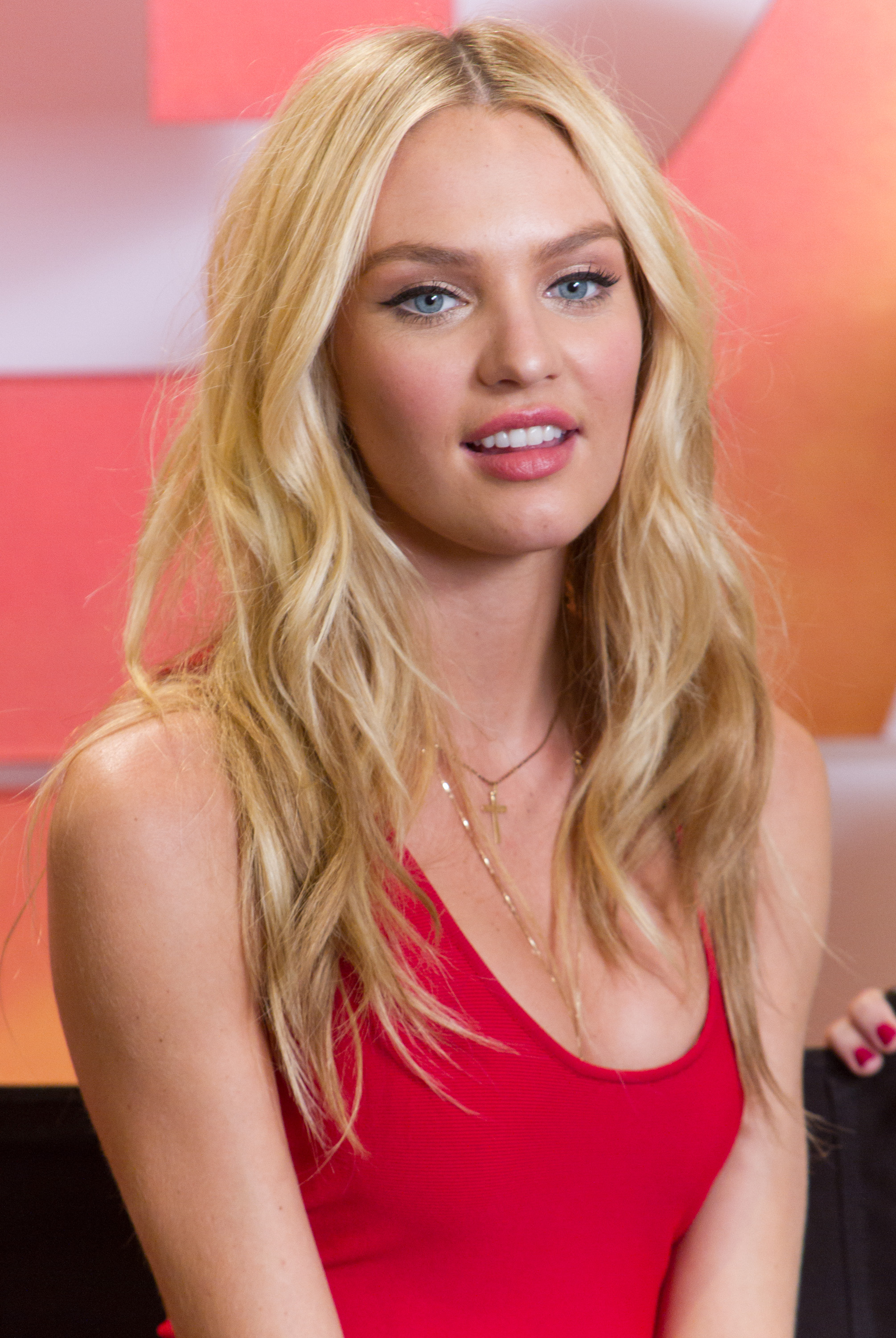 Candice Swanepoel Photo 2408 Of 6836 Pics Wallpaper