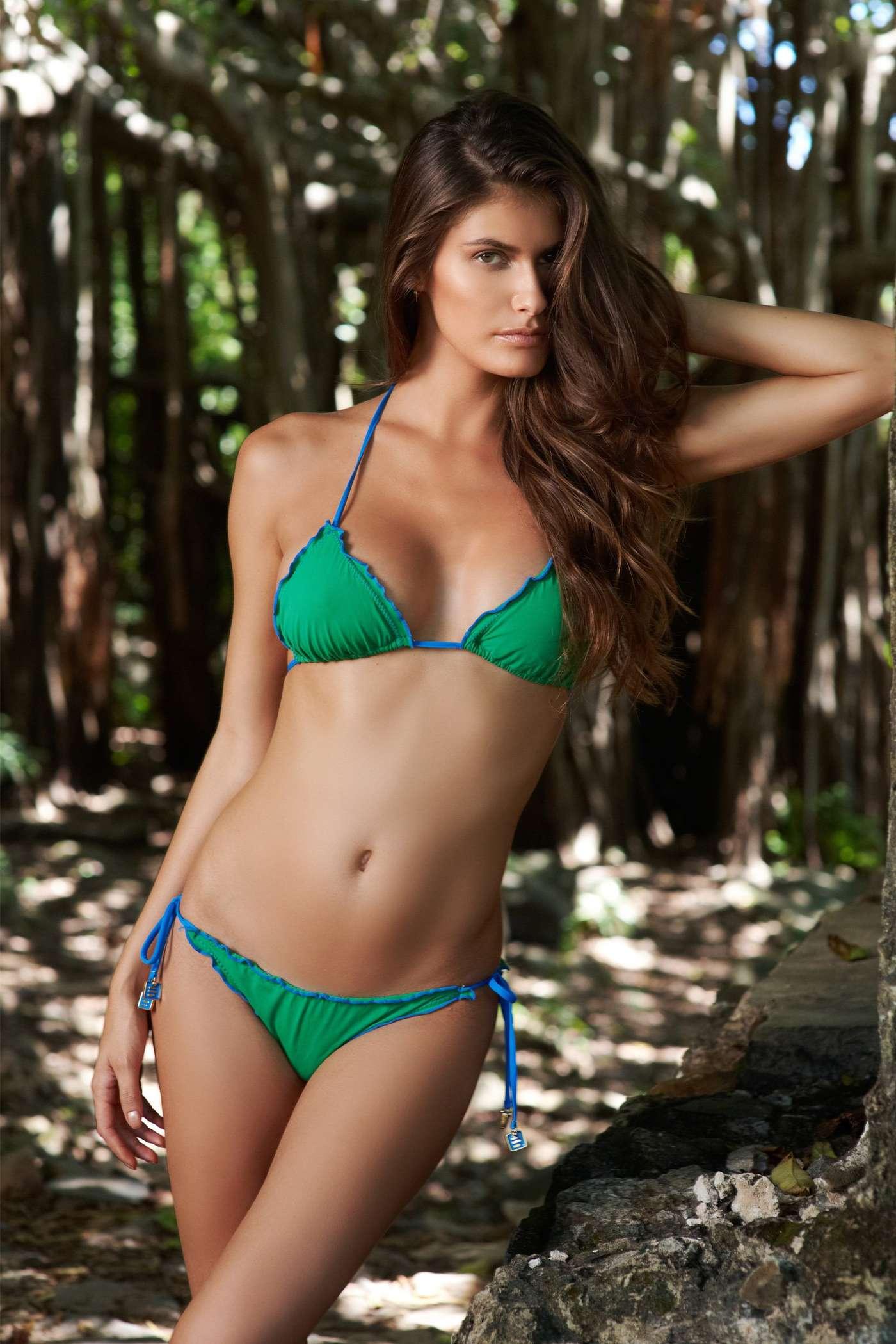 bikini-international-model-naked-female-hoes