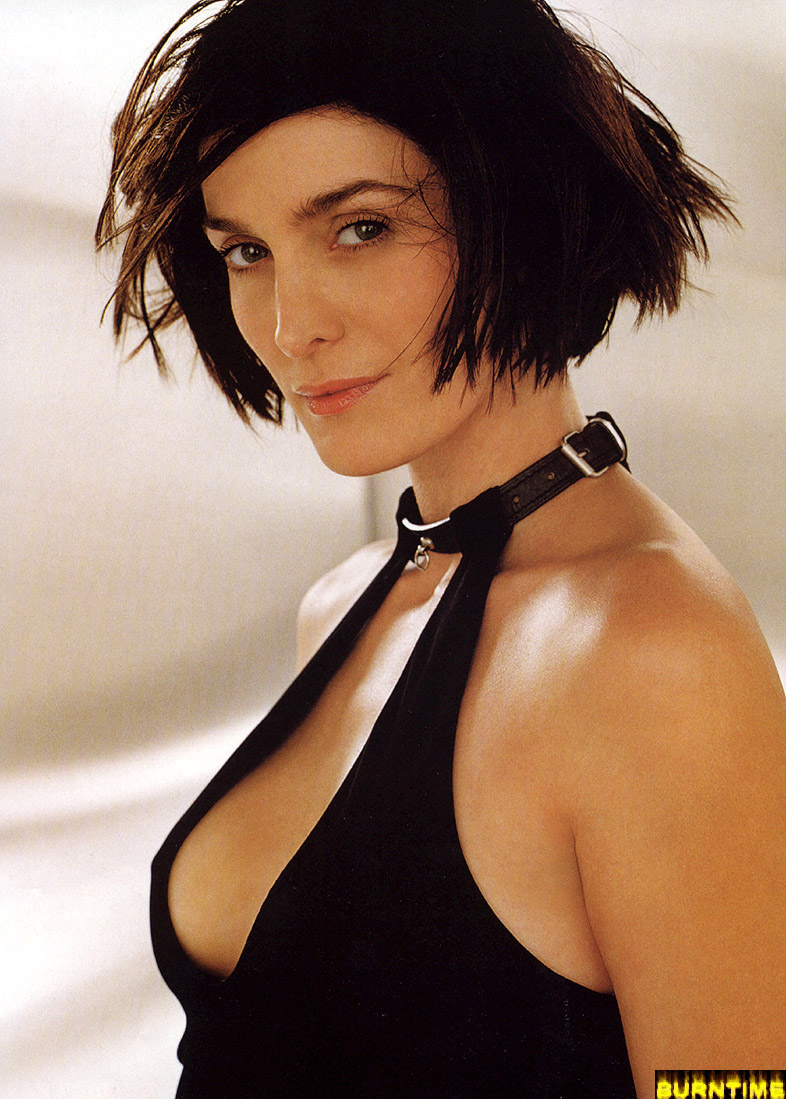 Sexy carrie-anne moss