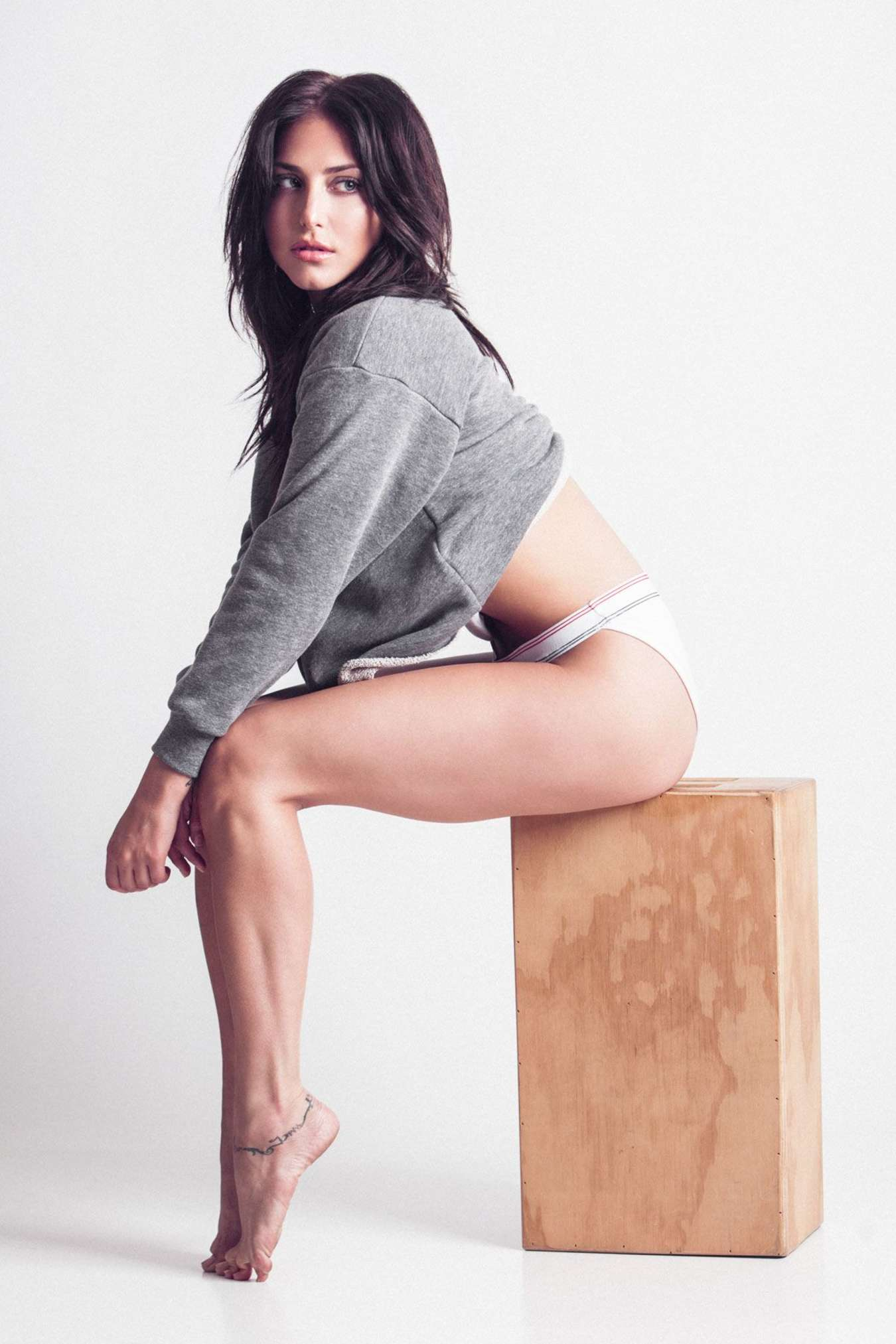 Cassie Nude Pics Link 57