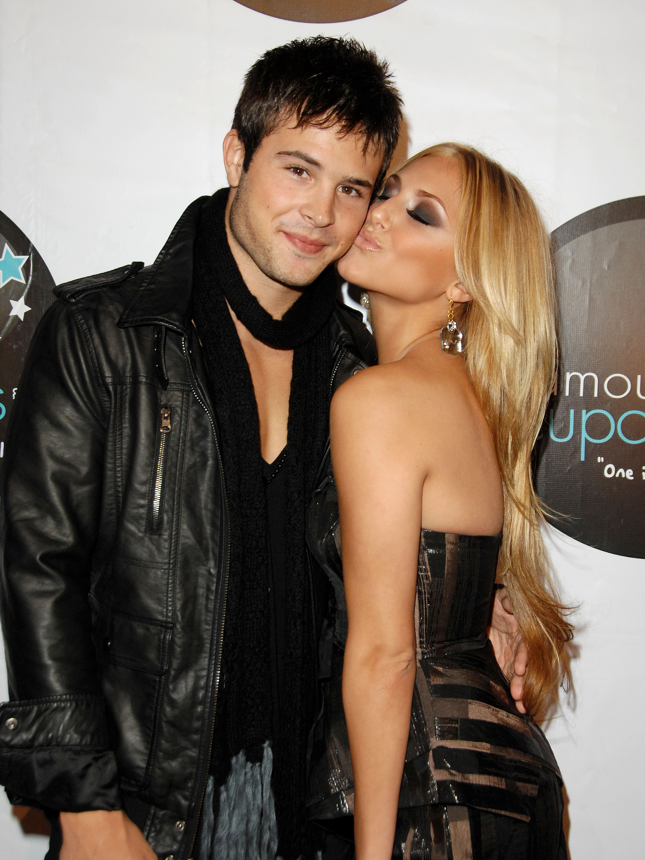 Who is dating cassie scerbo