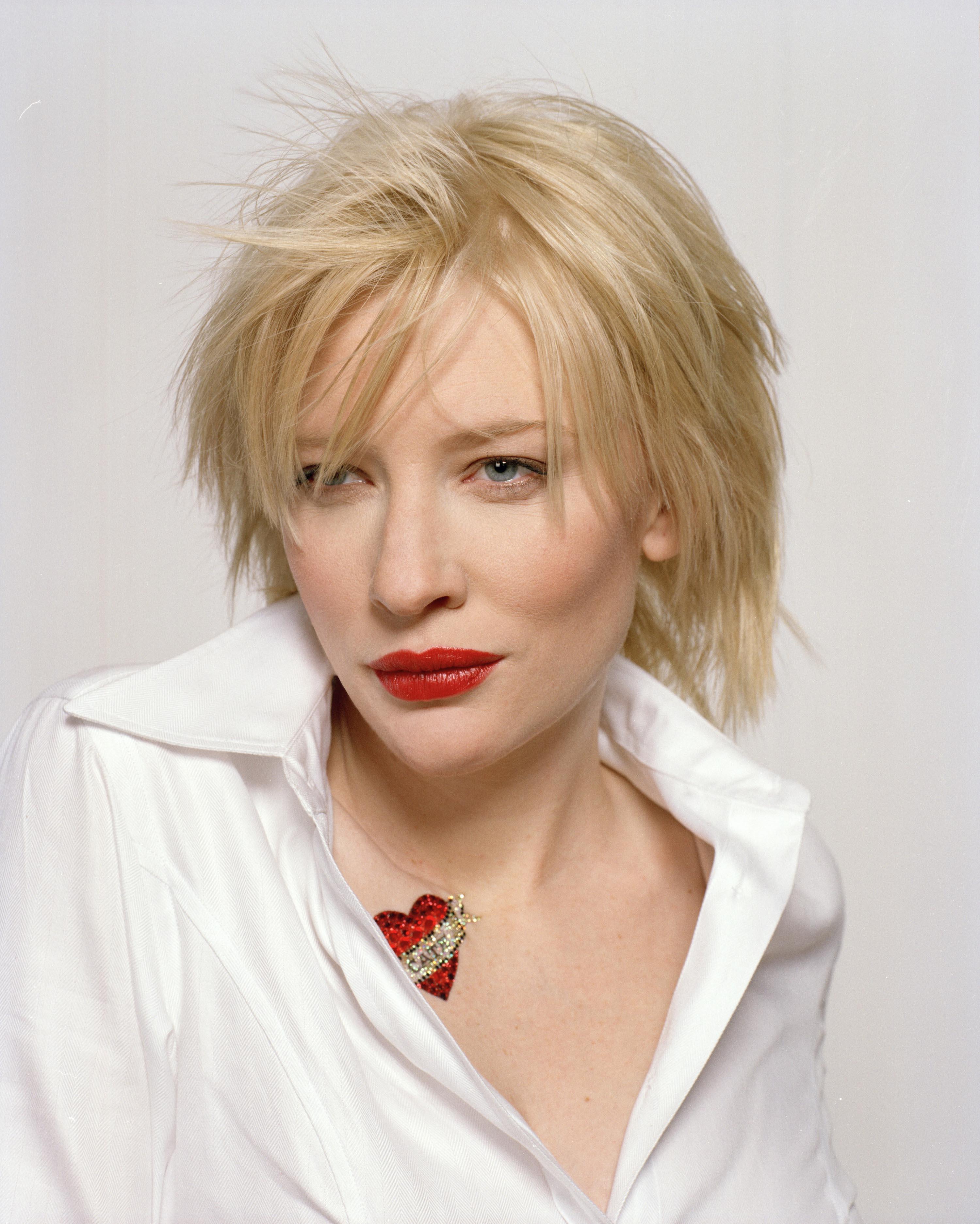 Cate Blanchett photo 7...