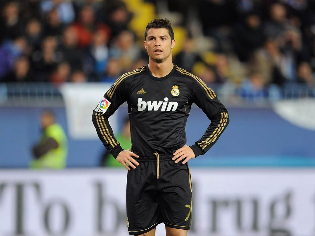 cristiano ronaldo photo gallery high quality pics of