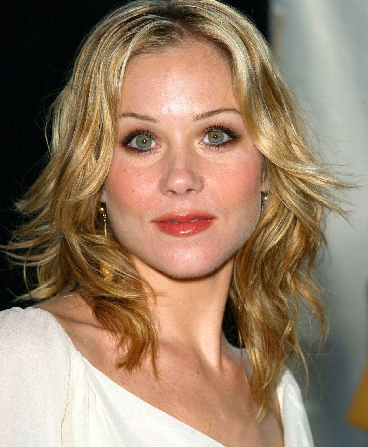 Christina Applegate Photo 37 Of 225 Pics Wallpaper