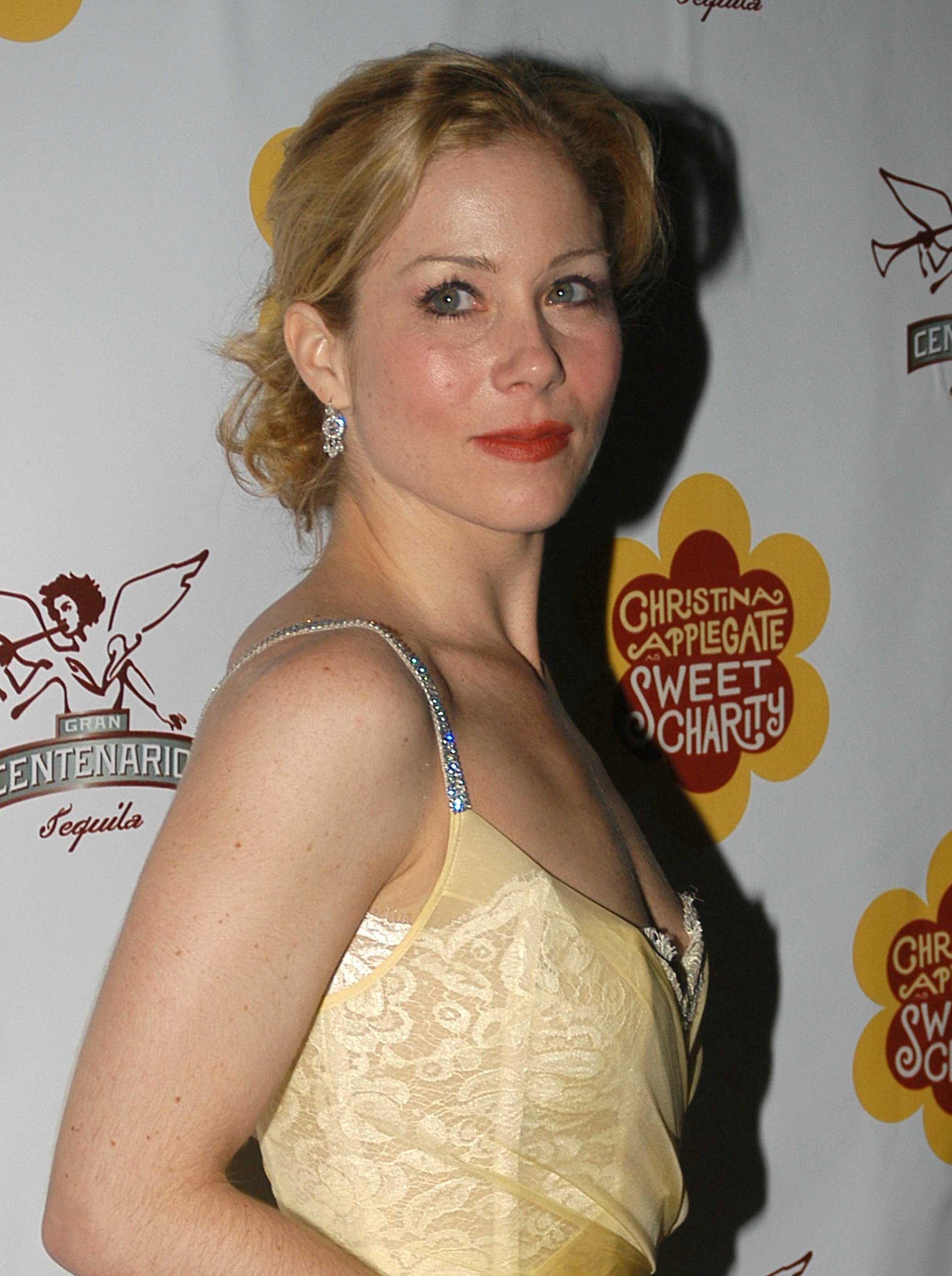 Christina Applegate | Celebrity Wiki - celebrity.fandom.com