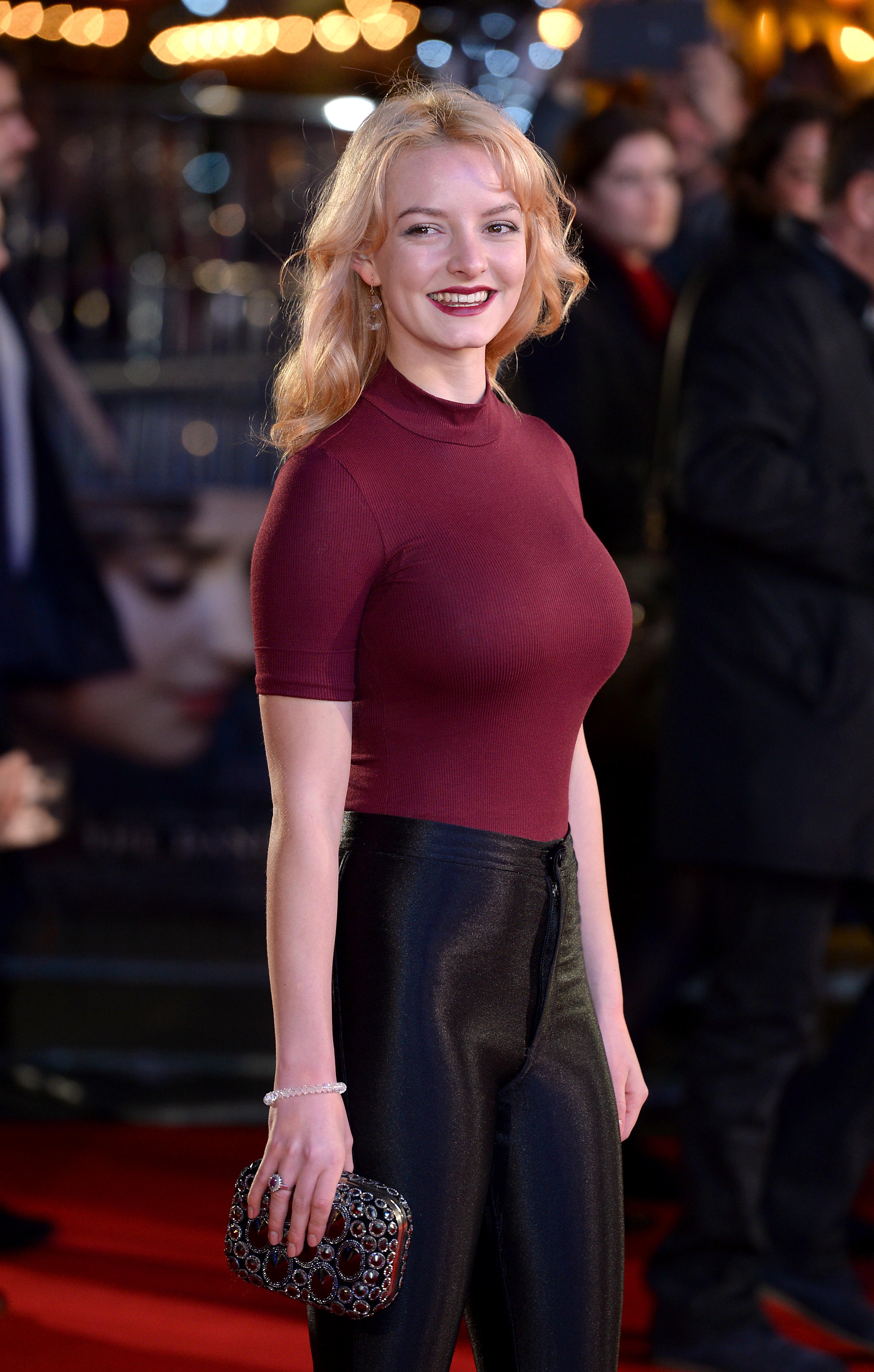 Monica bellucci nude boobs and butt in la riffa movie 10