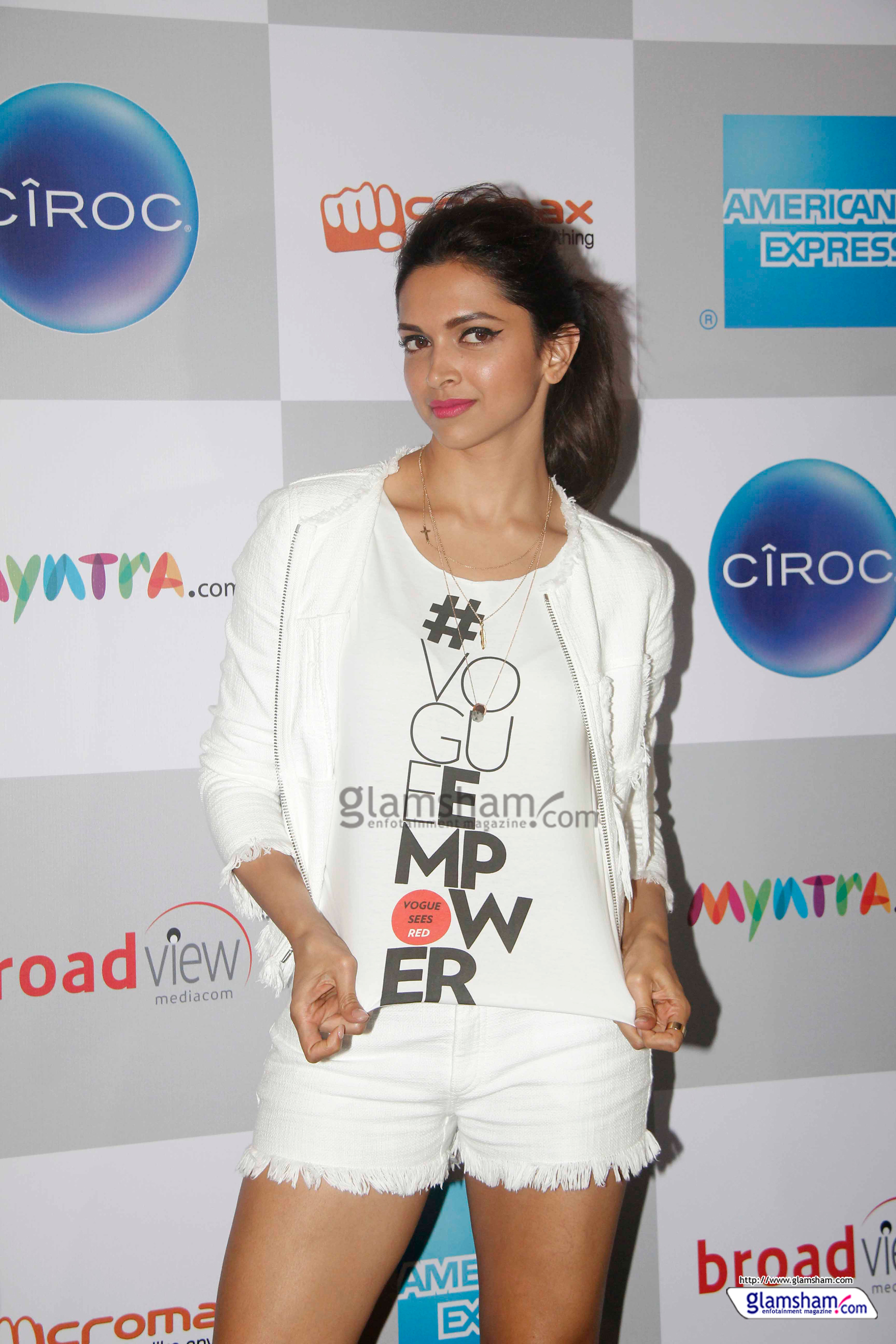 Photo Of Deepika Padukone 811385 Upload Date 2015 11 12 Number Votes 4 There Are 262 More Pics In The Gallery
