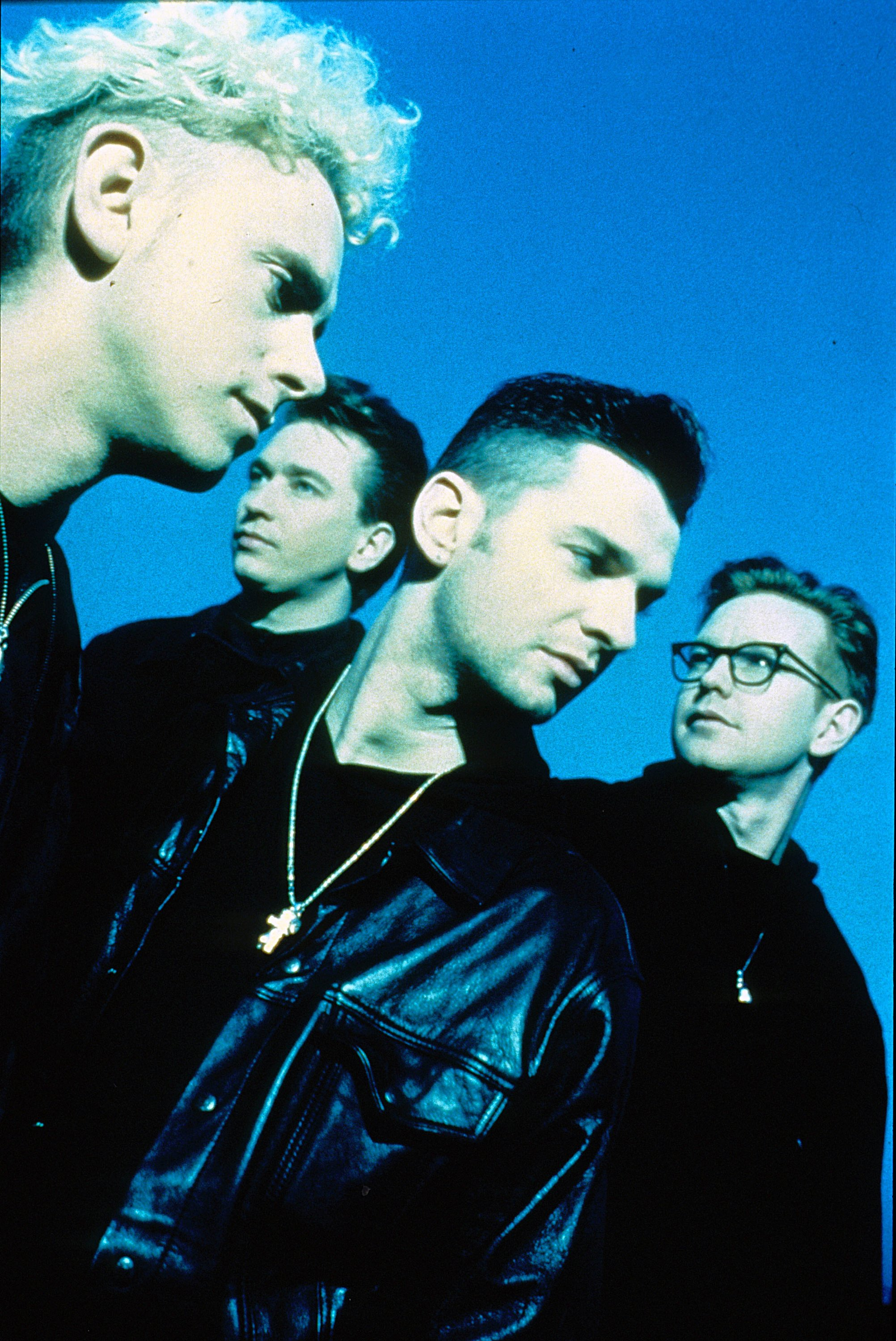 depeche mode photo 251 of 328 pics wallpaper photo 385381 theplace2. Black Bedroom Furniture Sets. Home Design Ideas