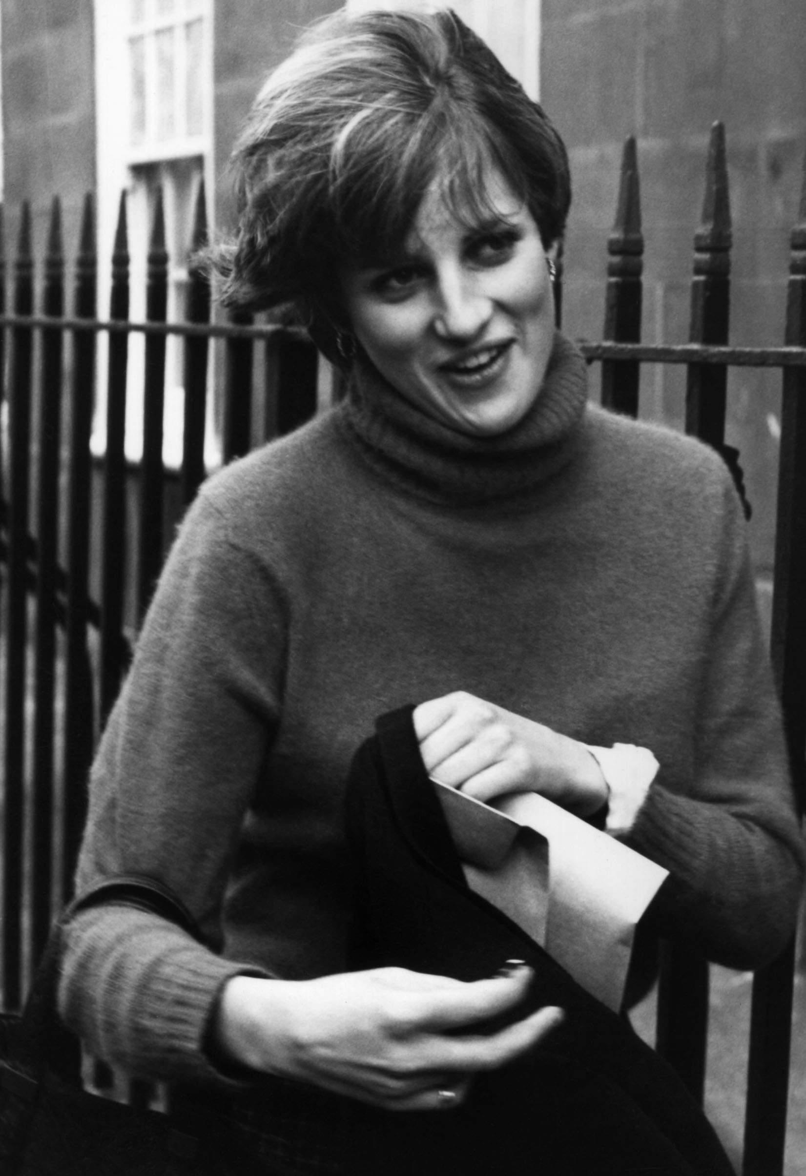 Diana Spencer photo 12...