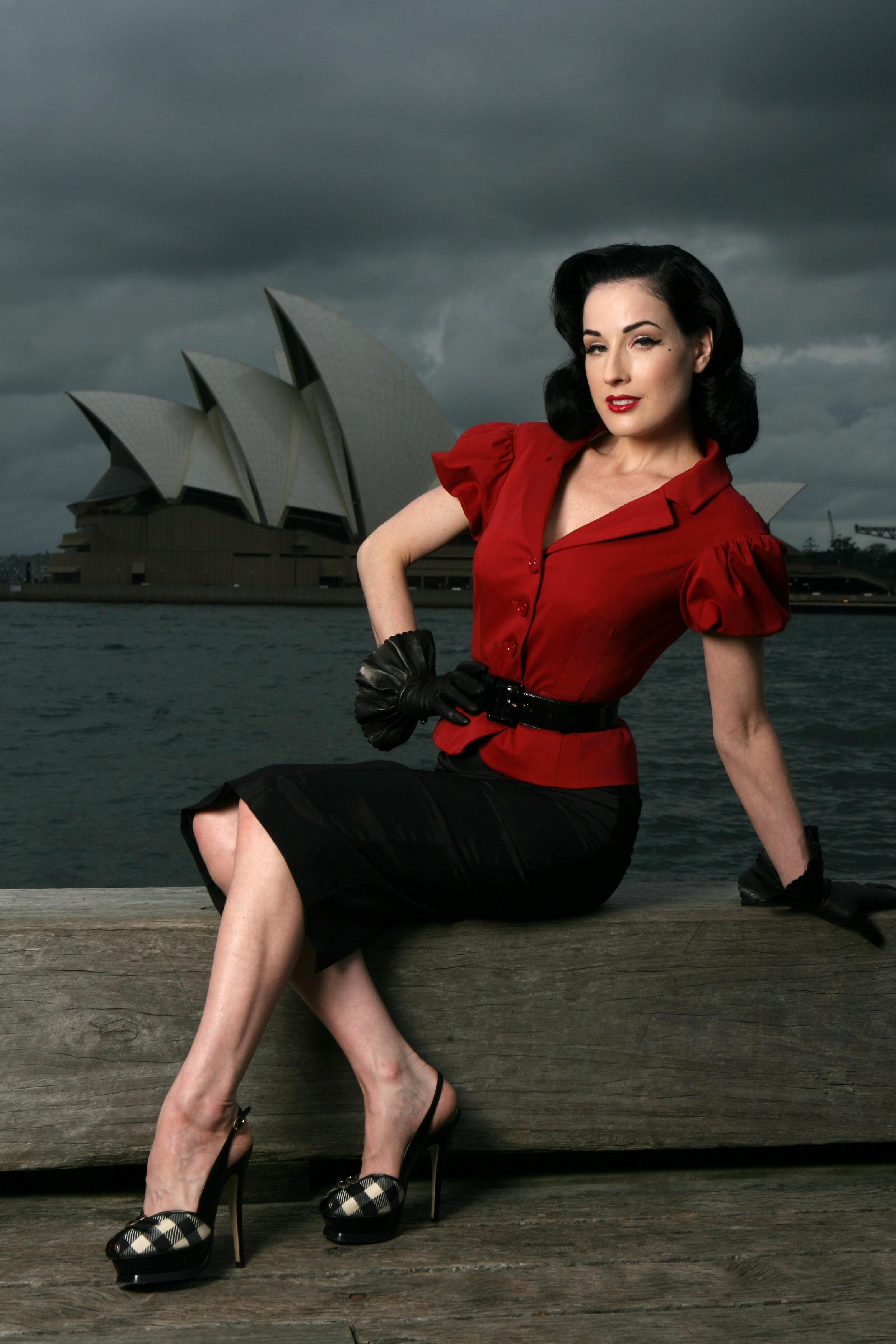 Dita Von Teese photo 515 of 903 pics, wallpaper - photo #345196 ... Dita Von Teese