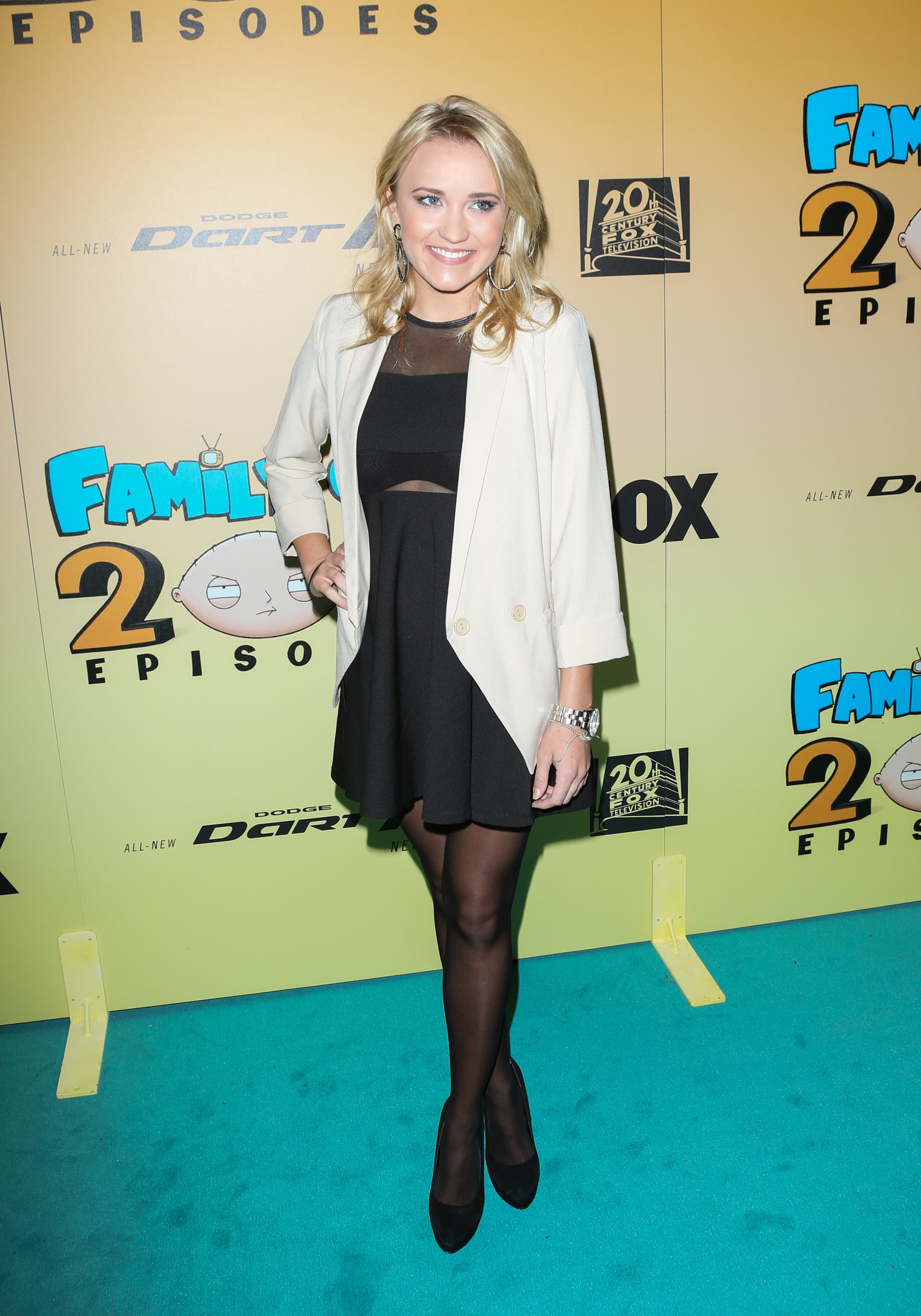 Emily Osment photo 56 of 94 pics