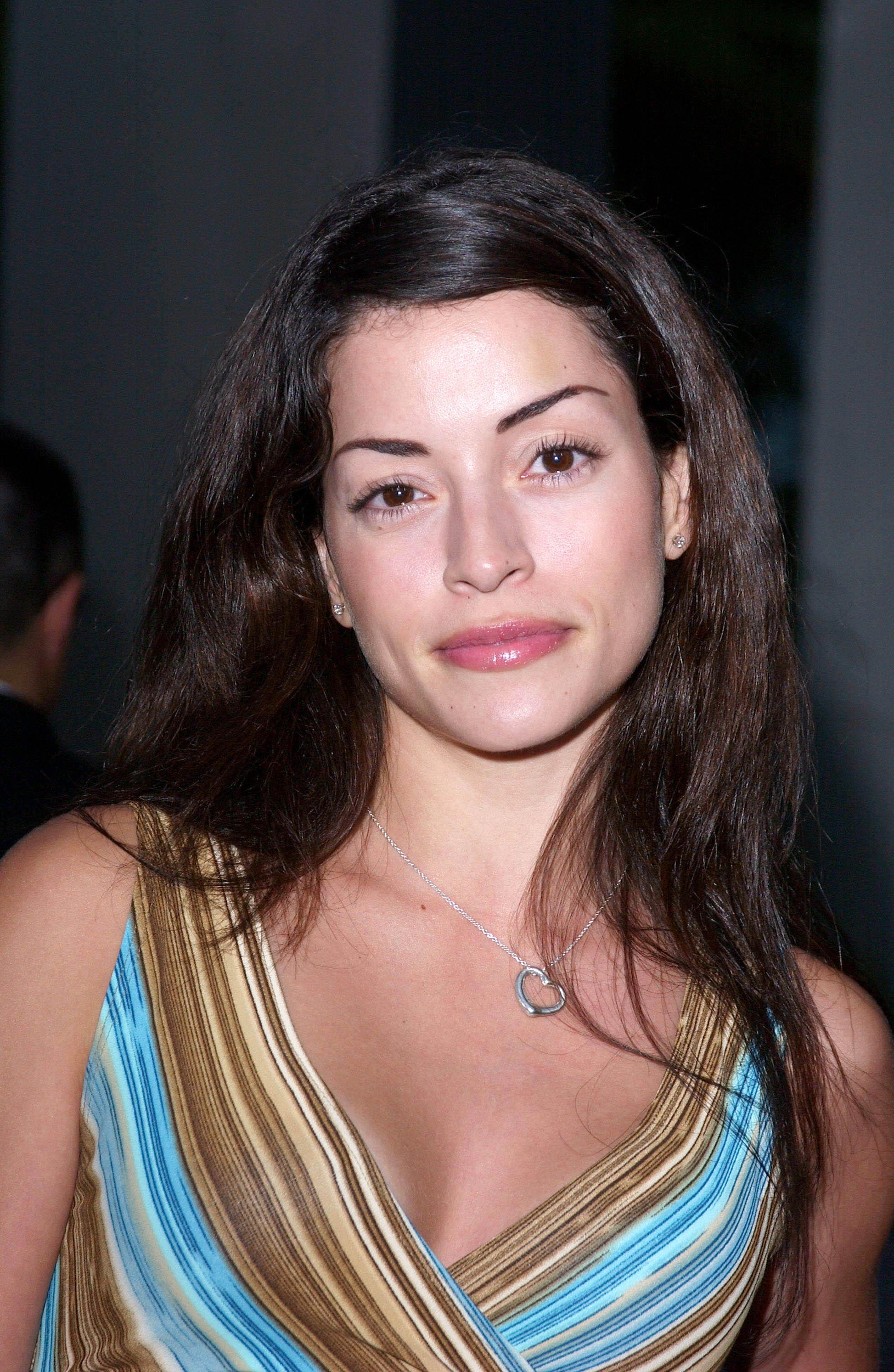 Emmanuelle Vaugier pho...