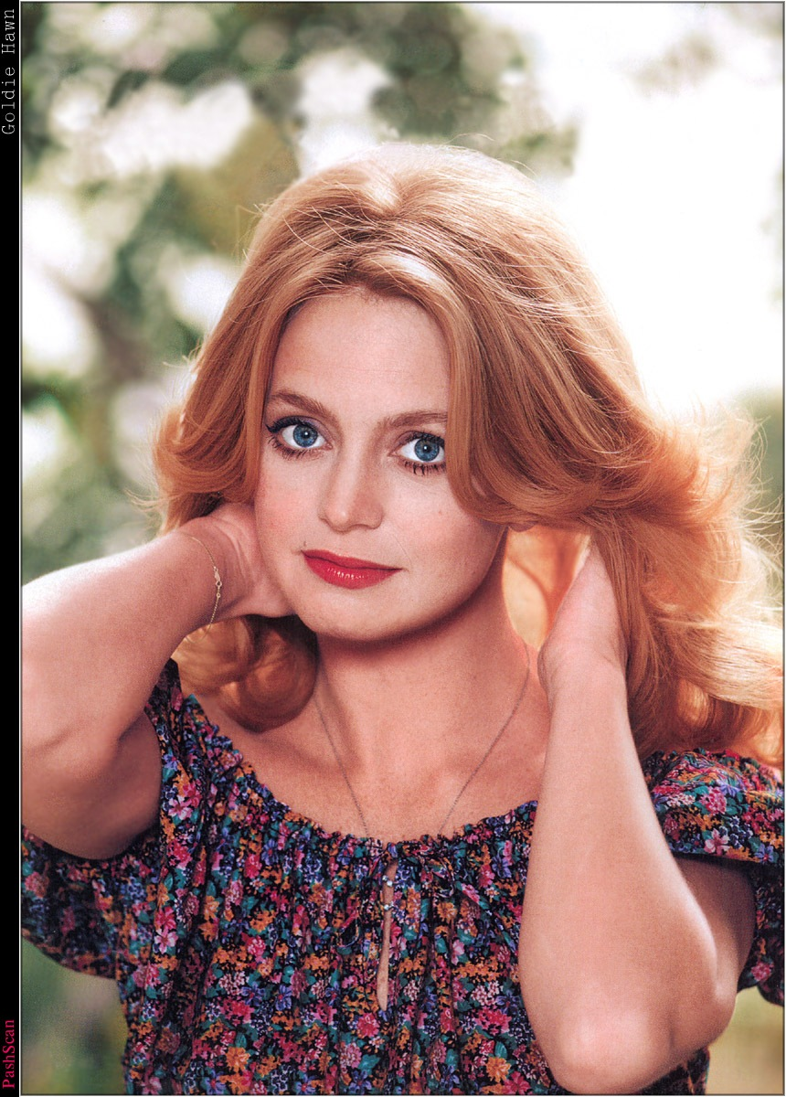 CHARMAINE: Goldie hawn photo gallery