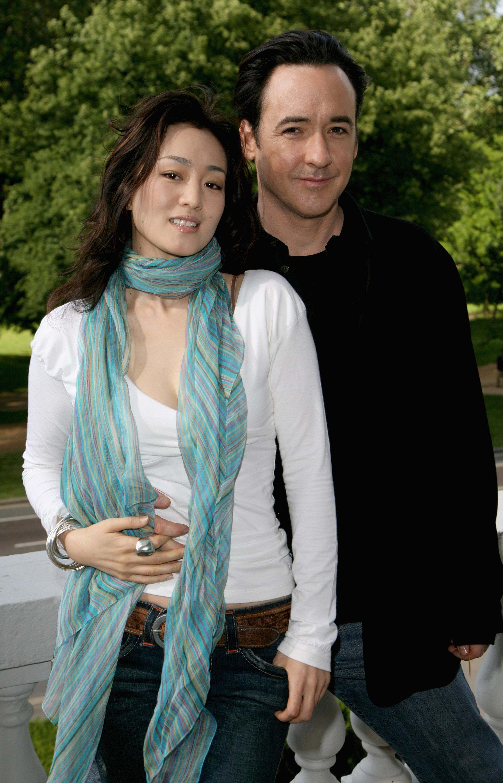 Gong li dating