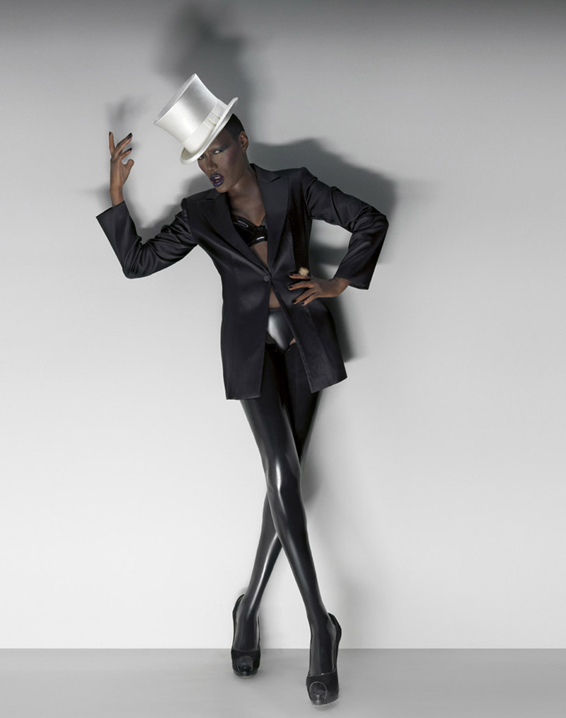 Grace Jones Photo 28 Of 35 Pics Wallpaper Photo 374094 Theplace2