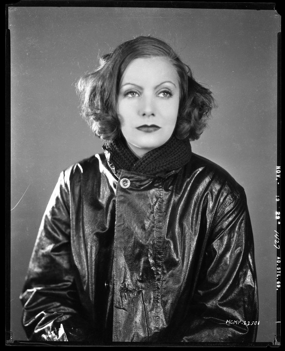 Greta Garbo Camera N