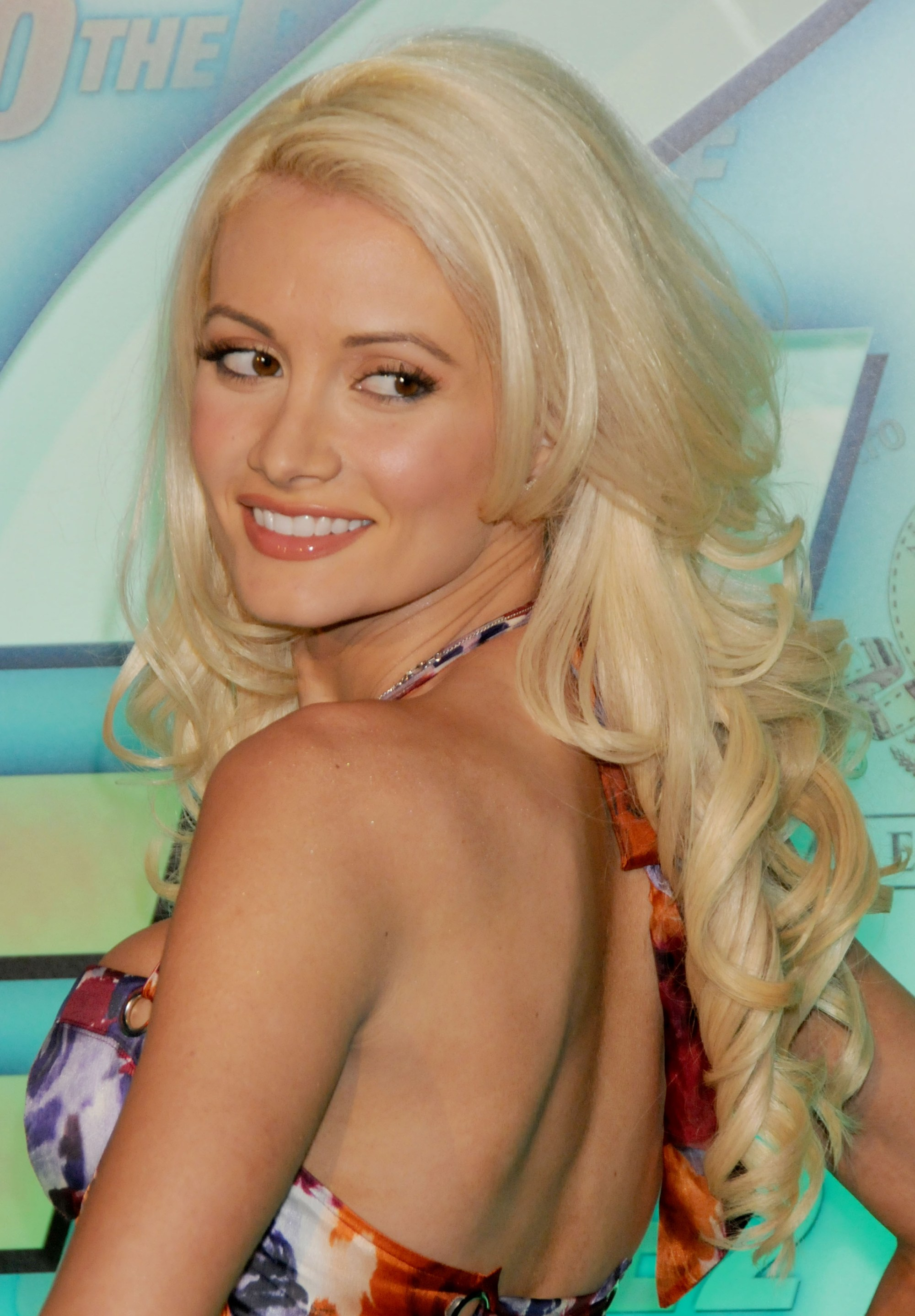 Holly Madison Photo 91 Of 390 Pics Wallpaper Photo 218647 Theplace2