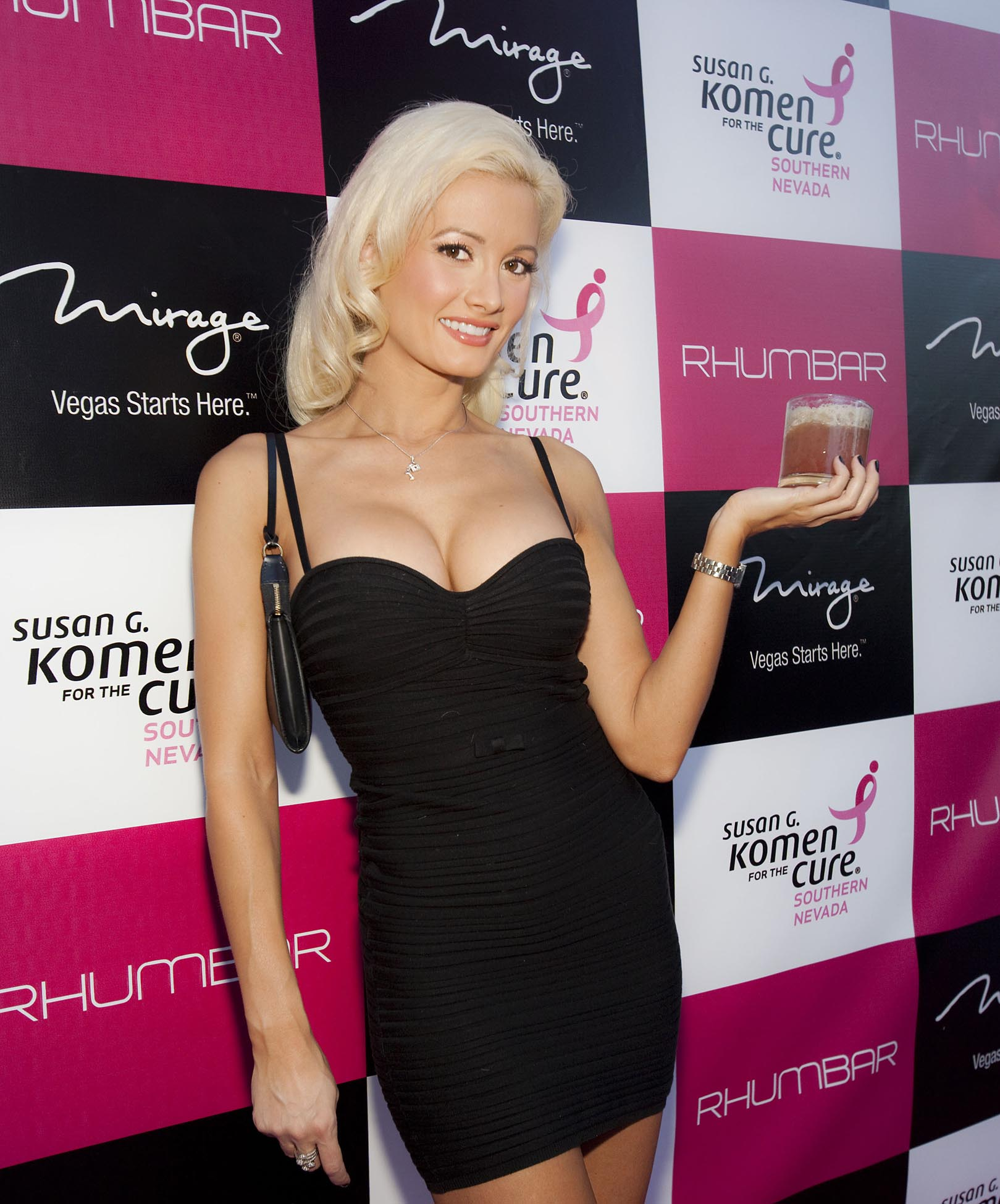 Holly Madison Photo 44 Of 390 Pics Wallpaper Photo 173332 Theplace2