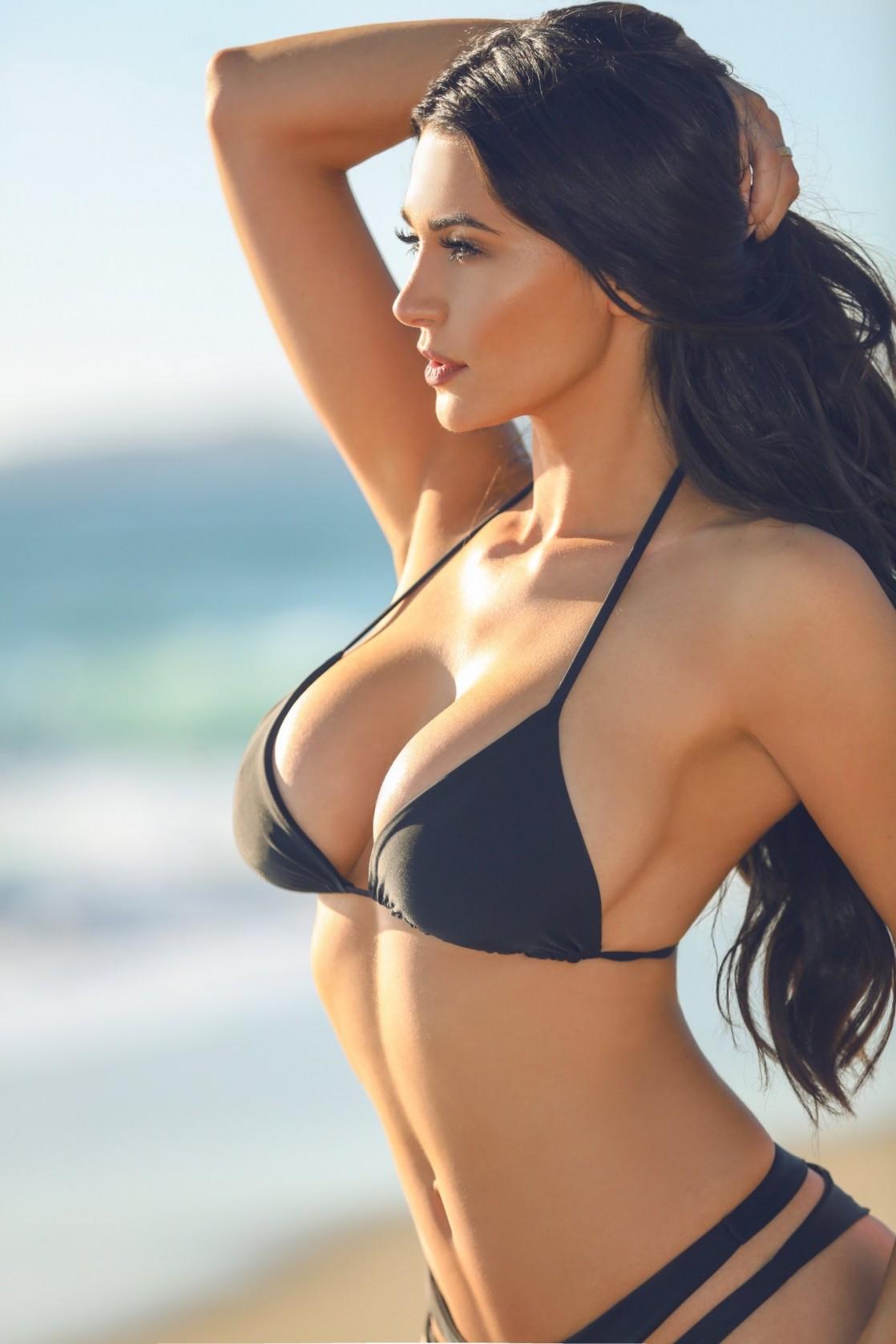 Kayleigh Gilbert Nude Photos 21