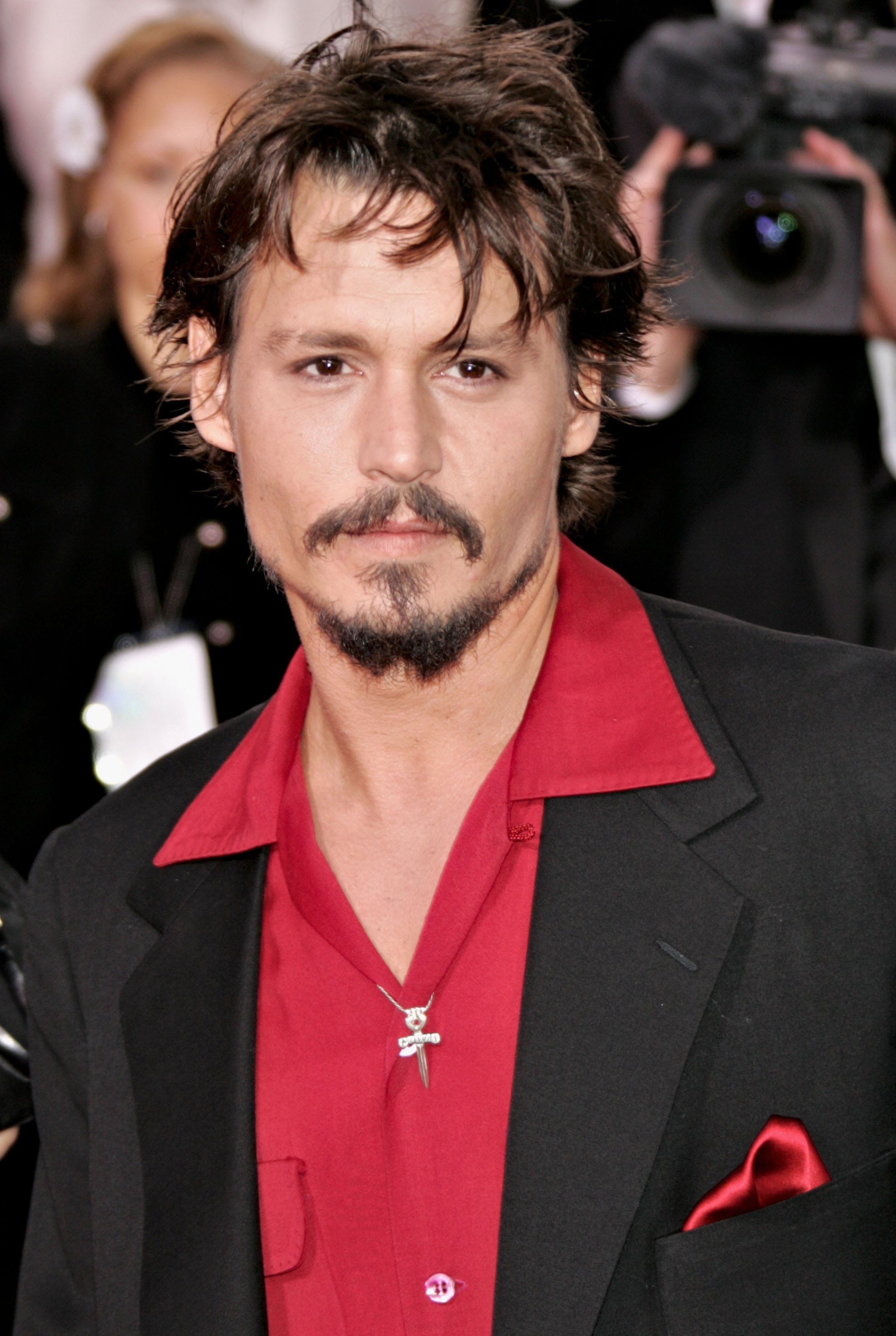 Johnny Depp Must Face Exs Libel Suit After His Attorney